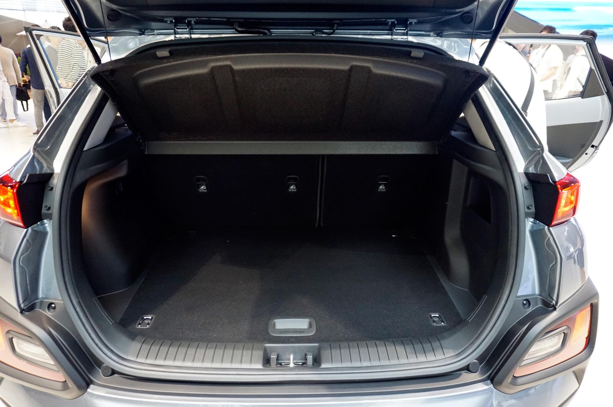 Renegade 2018 Interior >> 2018 Hyundai Kona Debuts Fresh Face, New Small SUV Platform | Automobile Magazine