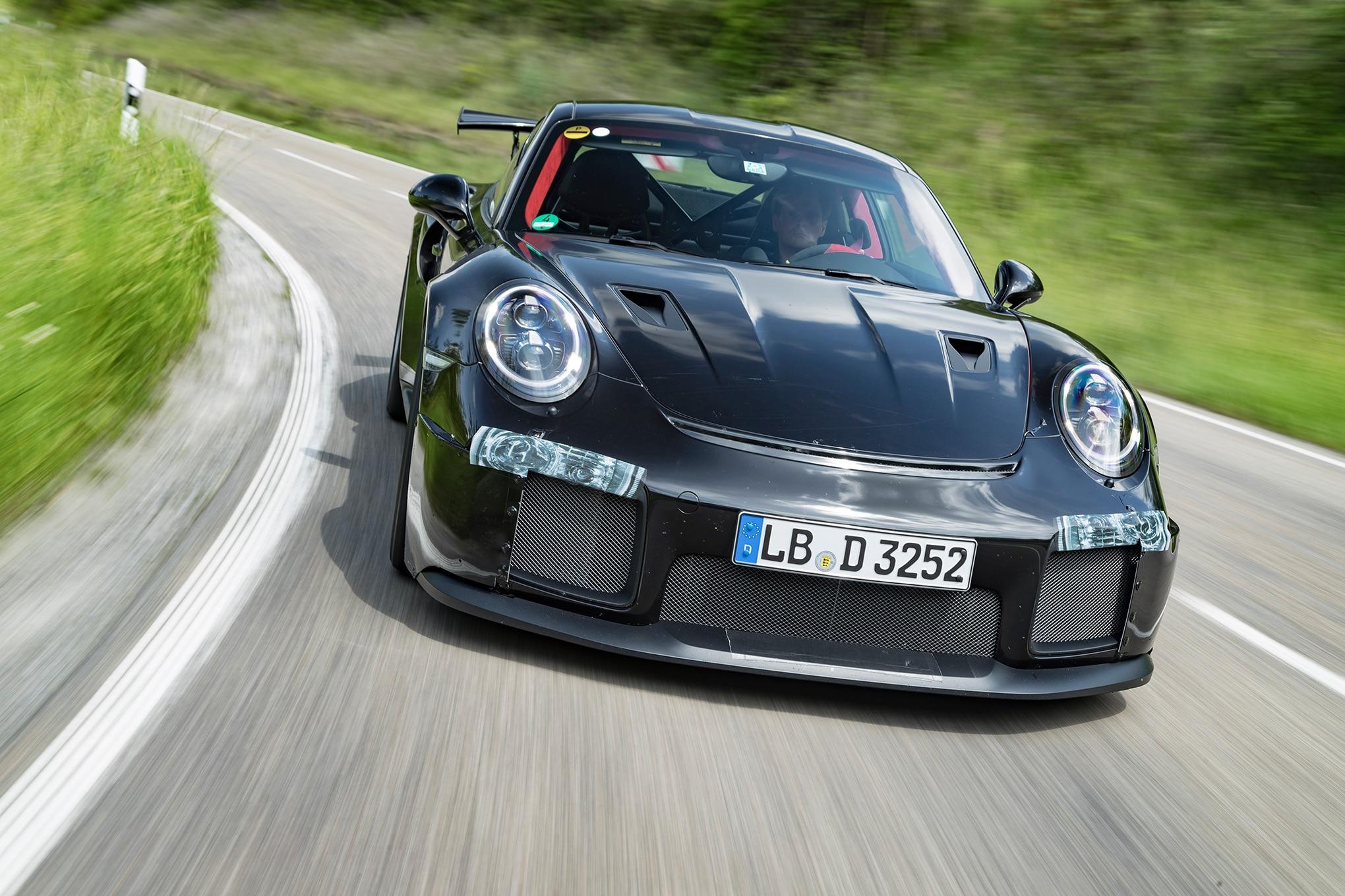 2018 Porsche 911 GT2 Prototype 25