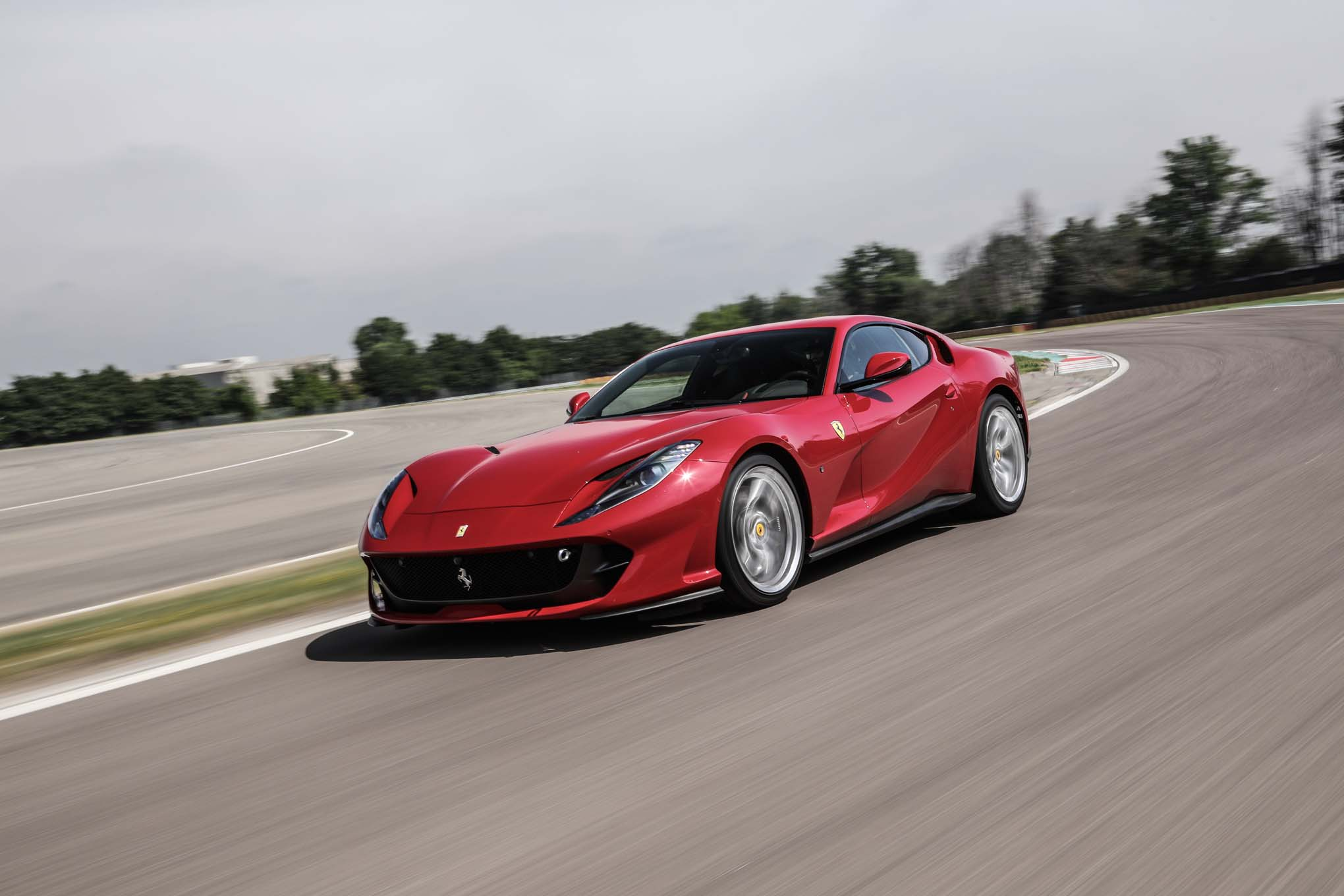 Ferrari 812 Superfast Front Three Quarter In Motion