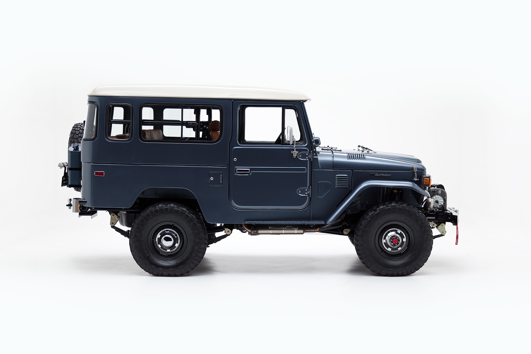 It Also Features Upgraded Front Disc Brakes, Old Man Emu Suspension, And  Vintage A/C And Heater Systems.