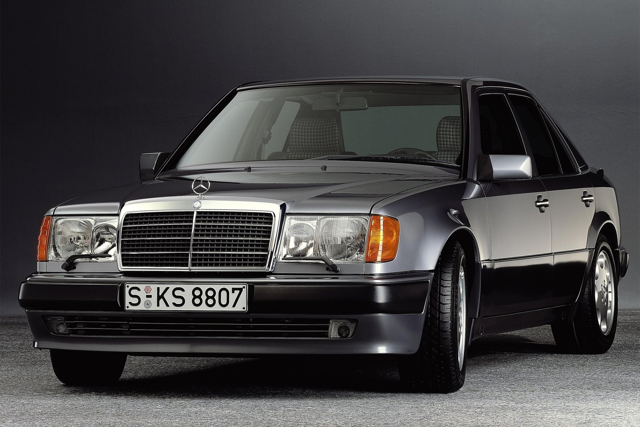 Classic Drive 1992 Mercedes Benz 500e Automobile Magazine 300e Chris Chin