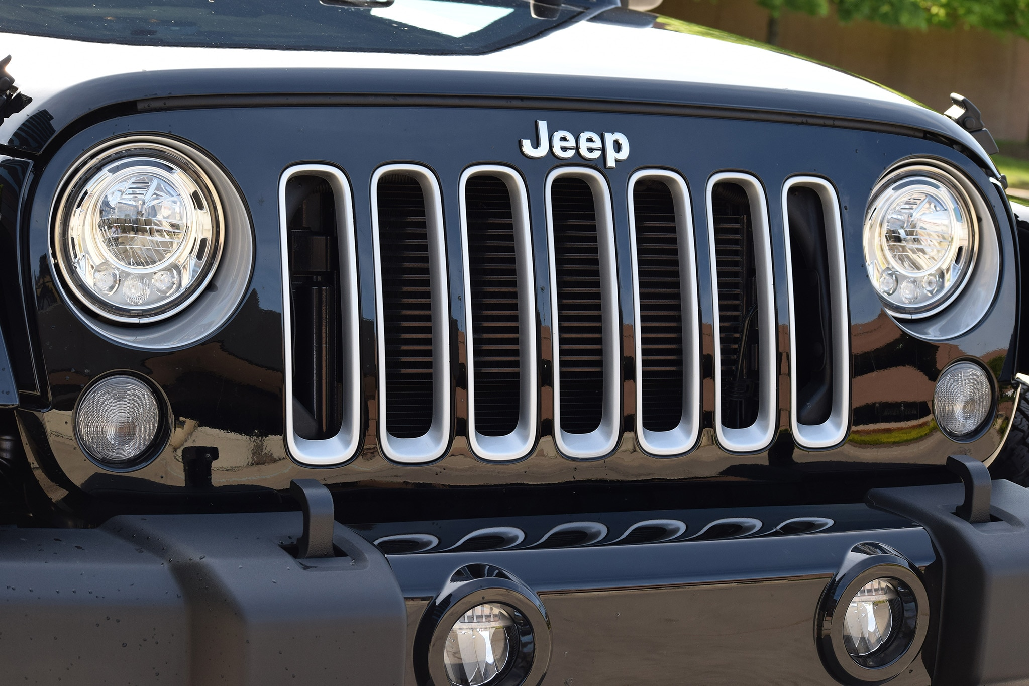 2017 Jeep Wrangler Grille
