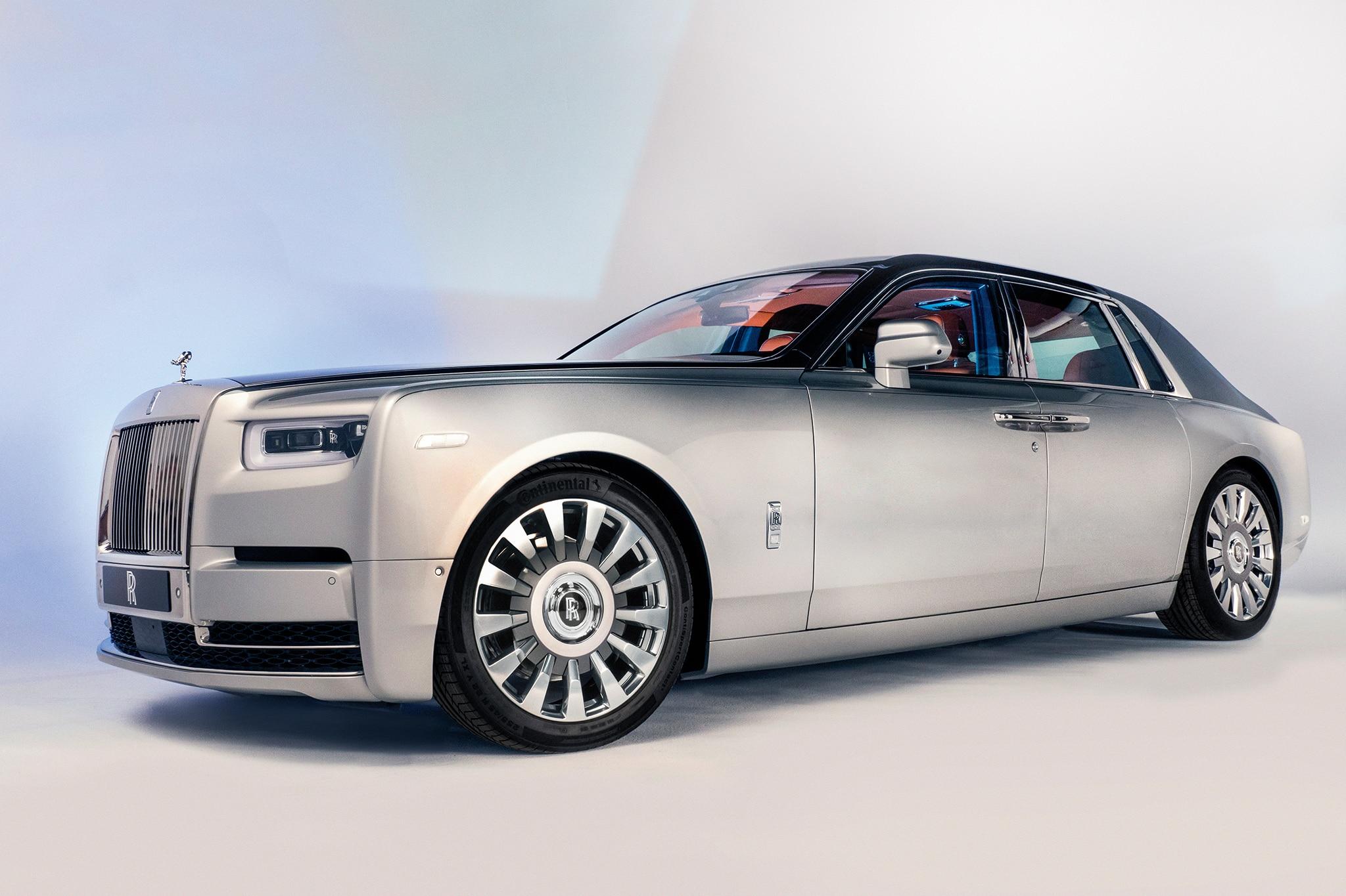 Deep Dive Rolls Royce Phantom VIII