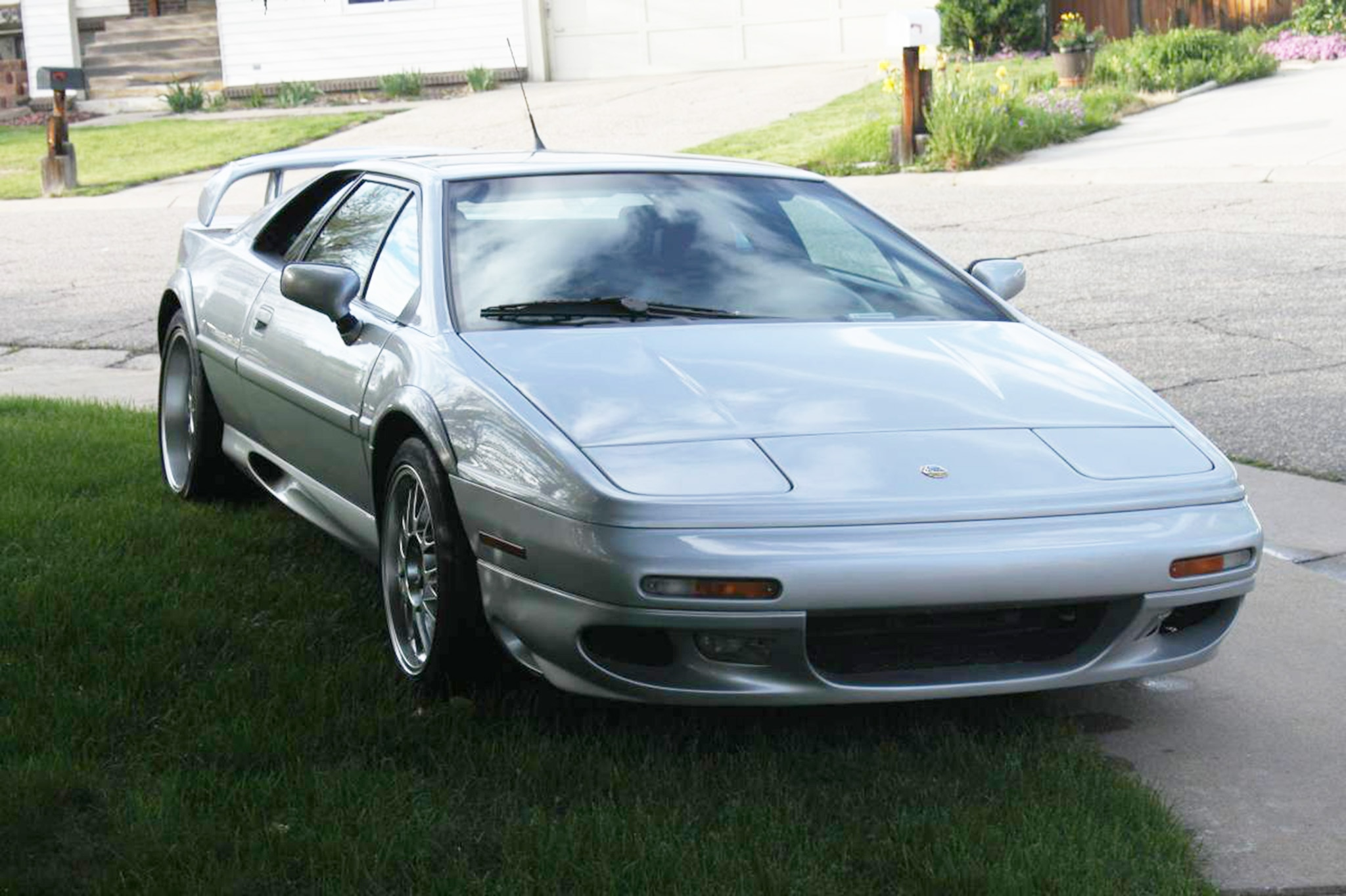 Just Listed: 2002 Lotus Esprit V8 25th Anniversary Edition | Automobile Magazine