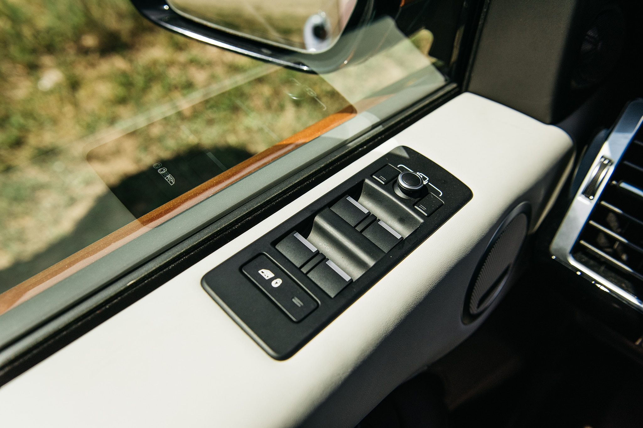 2017 Land Rover Discovery Td6 HSE Power Window Lock Switch