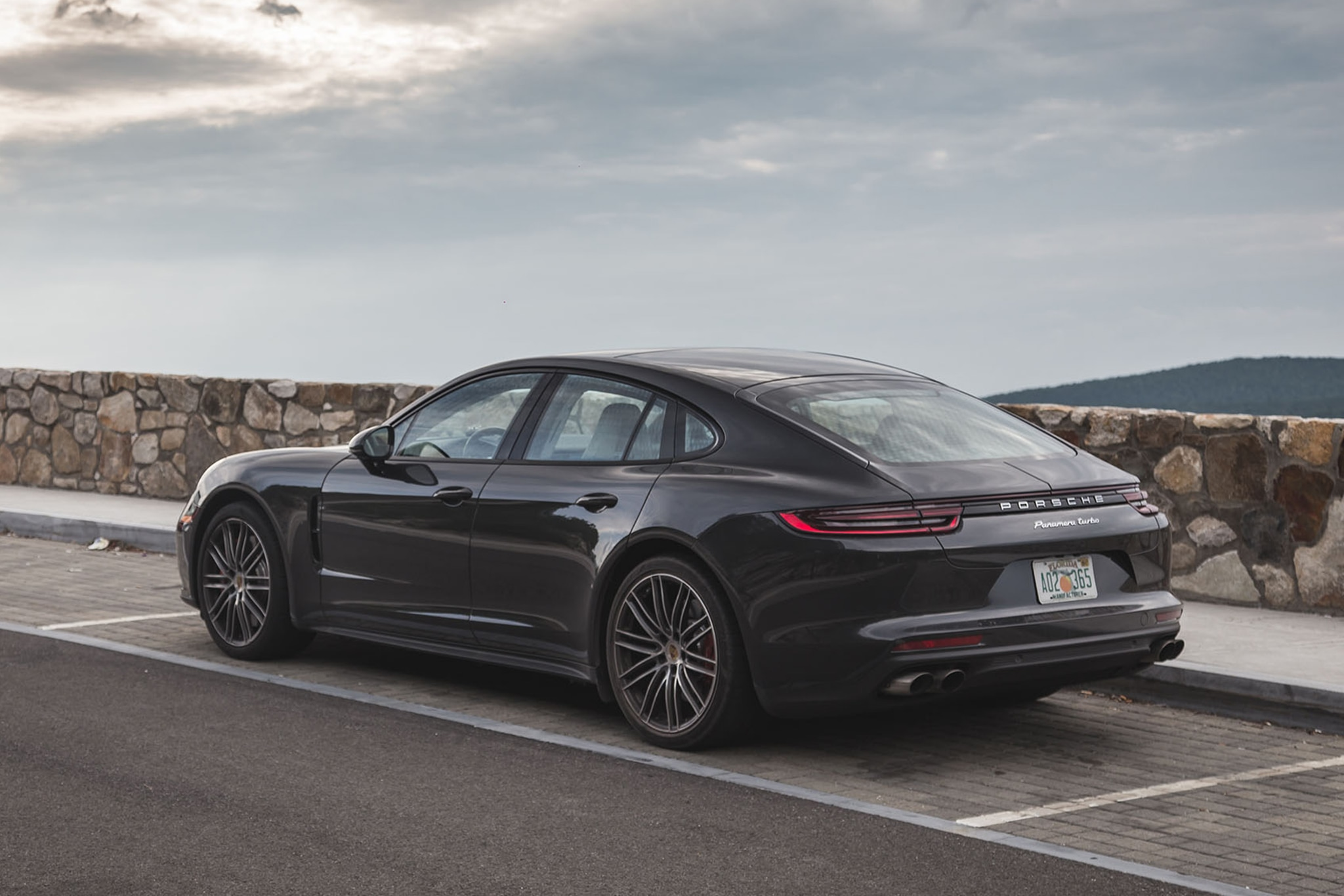 2017 Porsche Panamera Turbo Rear Three Quarter 02