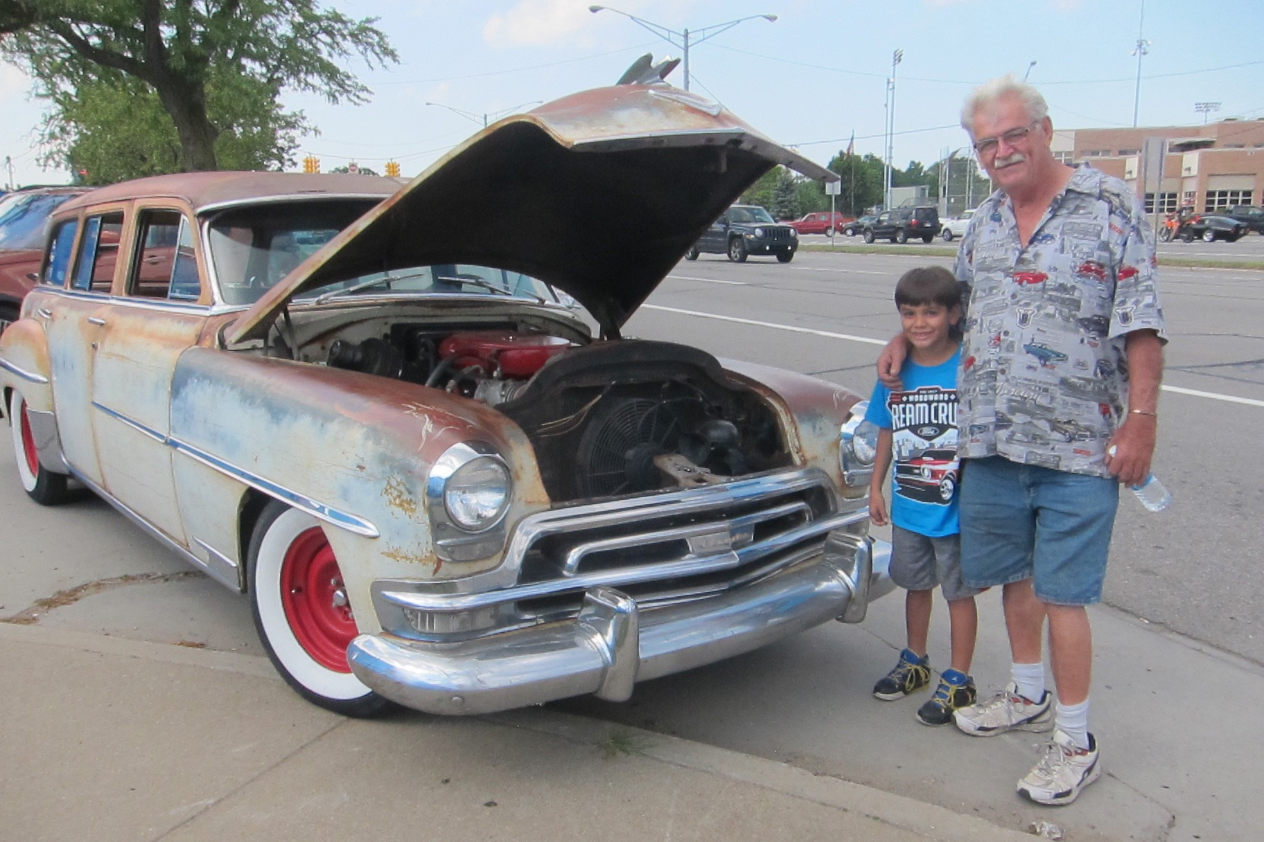 2017 Woodward Dream Cruise 1954 Chrysler New Yorker Town And Country