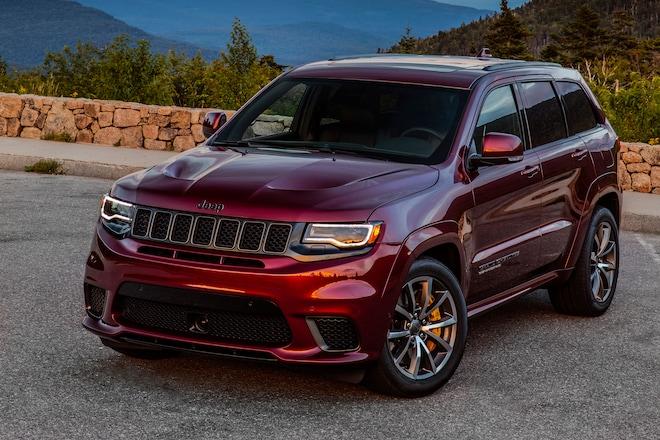 2018 Jeep Grand Cherokee Trackhawk 01