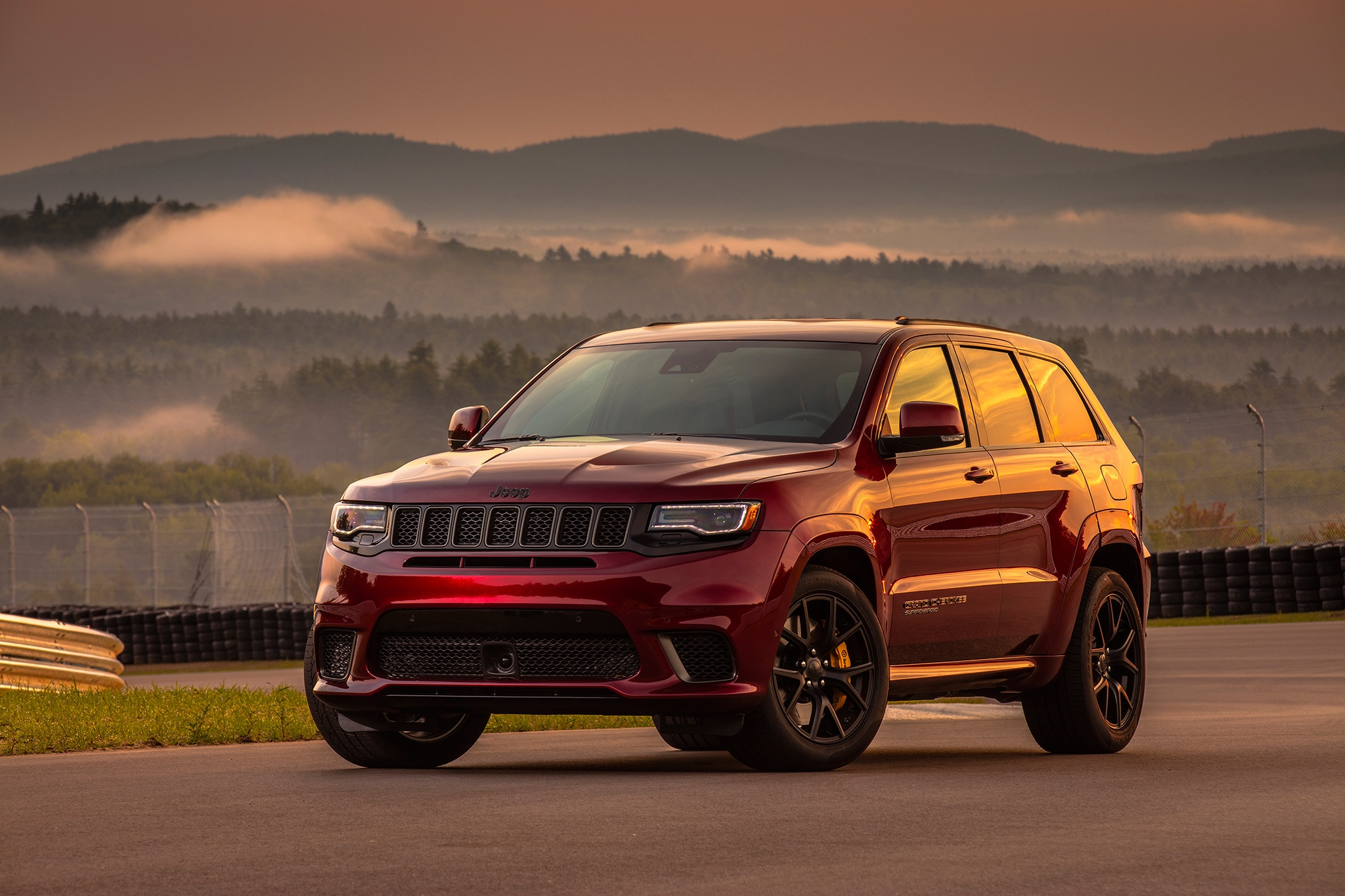 2018 jeep grand cherokee trackhawk first drive review. Black Bedroom Furniture Sets. Home Design Ideas