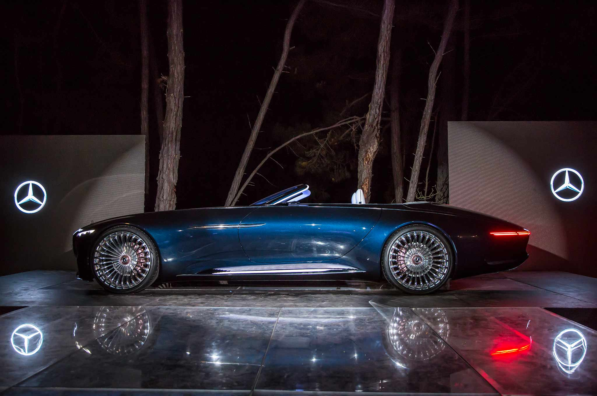 Vision Mercedes-Maybach 6 Cabriolet Wows Pebble Beach Crowd ...
