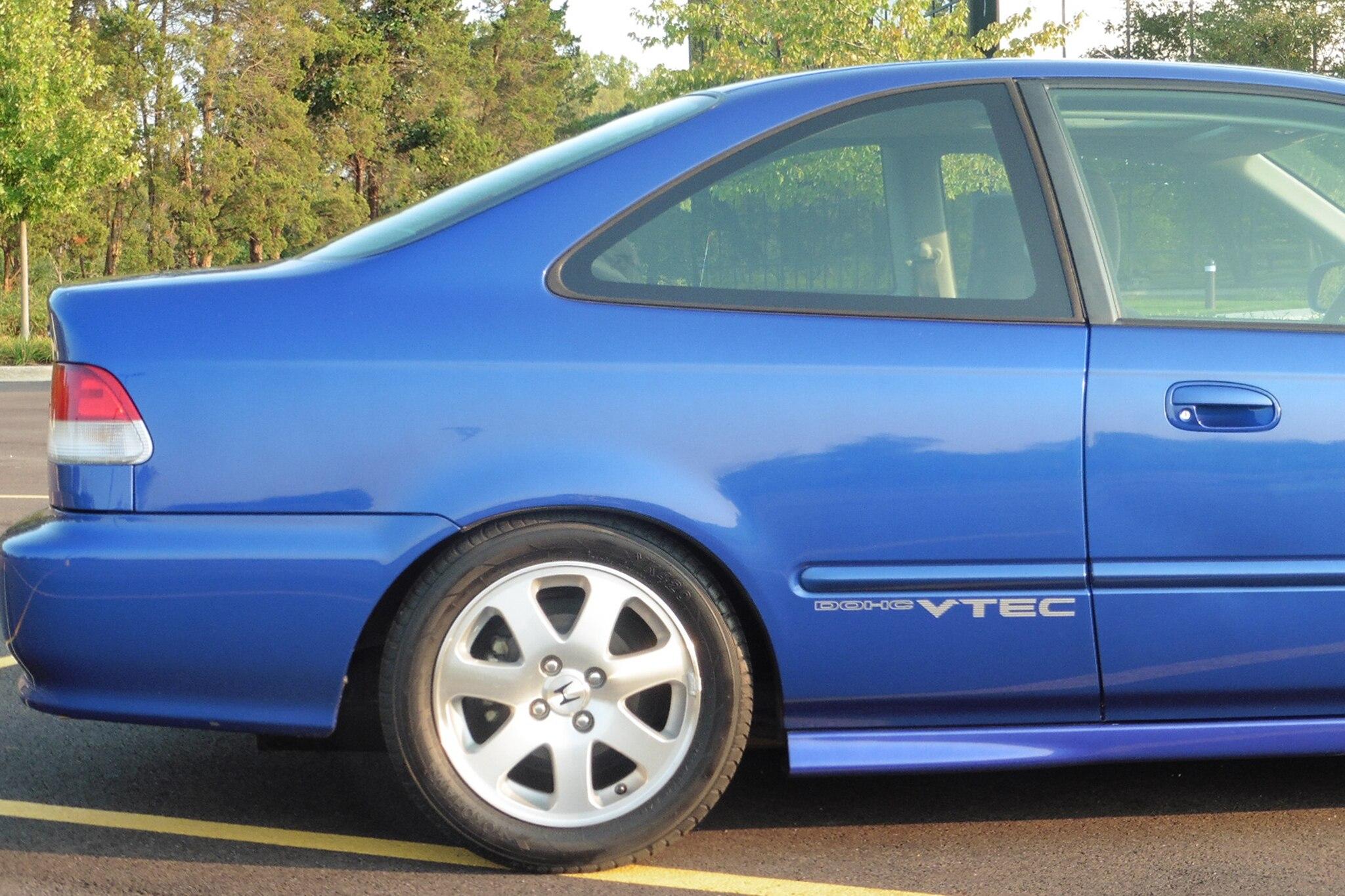 Just Listed: 1999 Honda Civic Si | Automobile Magazine