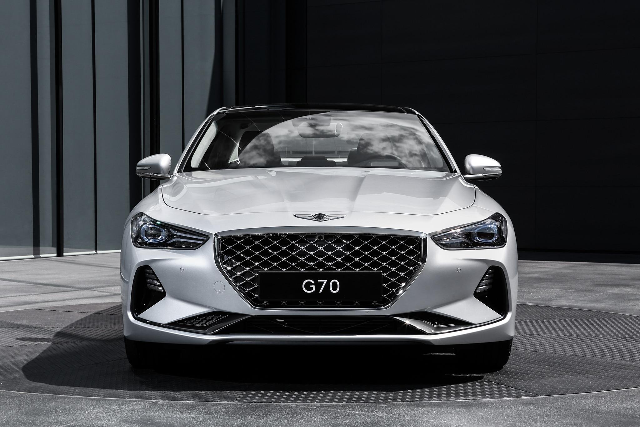 2019 Genesis G70 Front 2