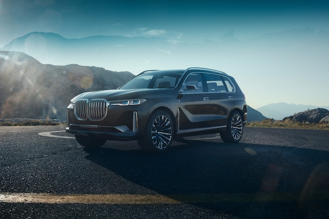 BMW Concept X7 IPerformance Front Three Quarters