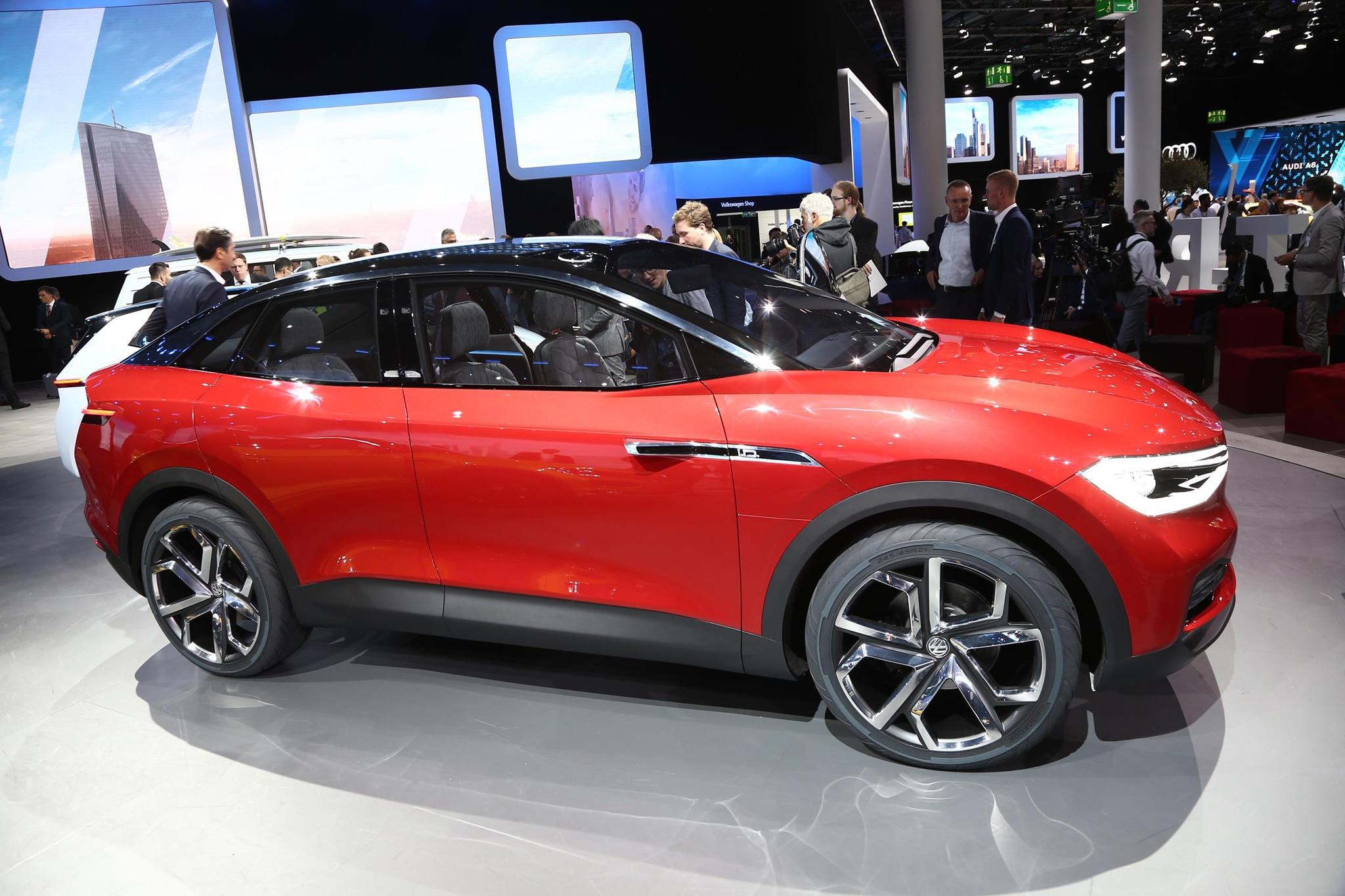 Volkswagen ID CROZZ Concept Side Profile 02