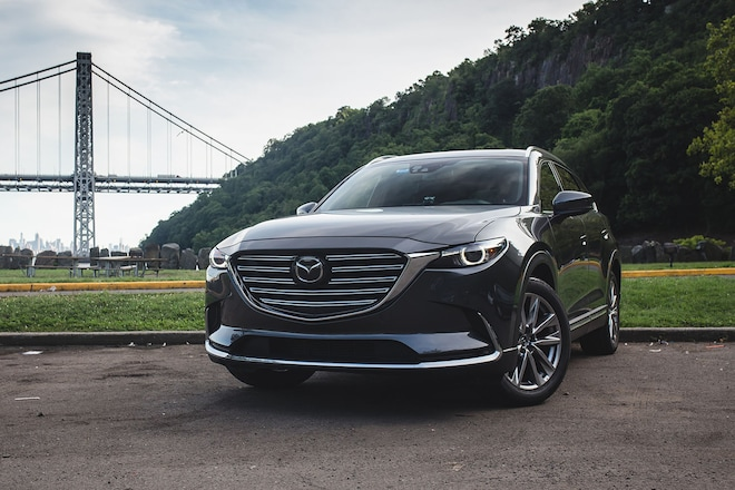2017 Mazda CX 9 Front Three Quarter 03