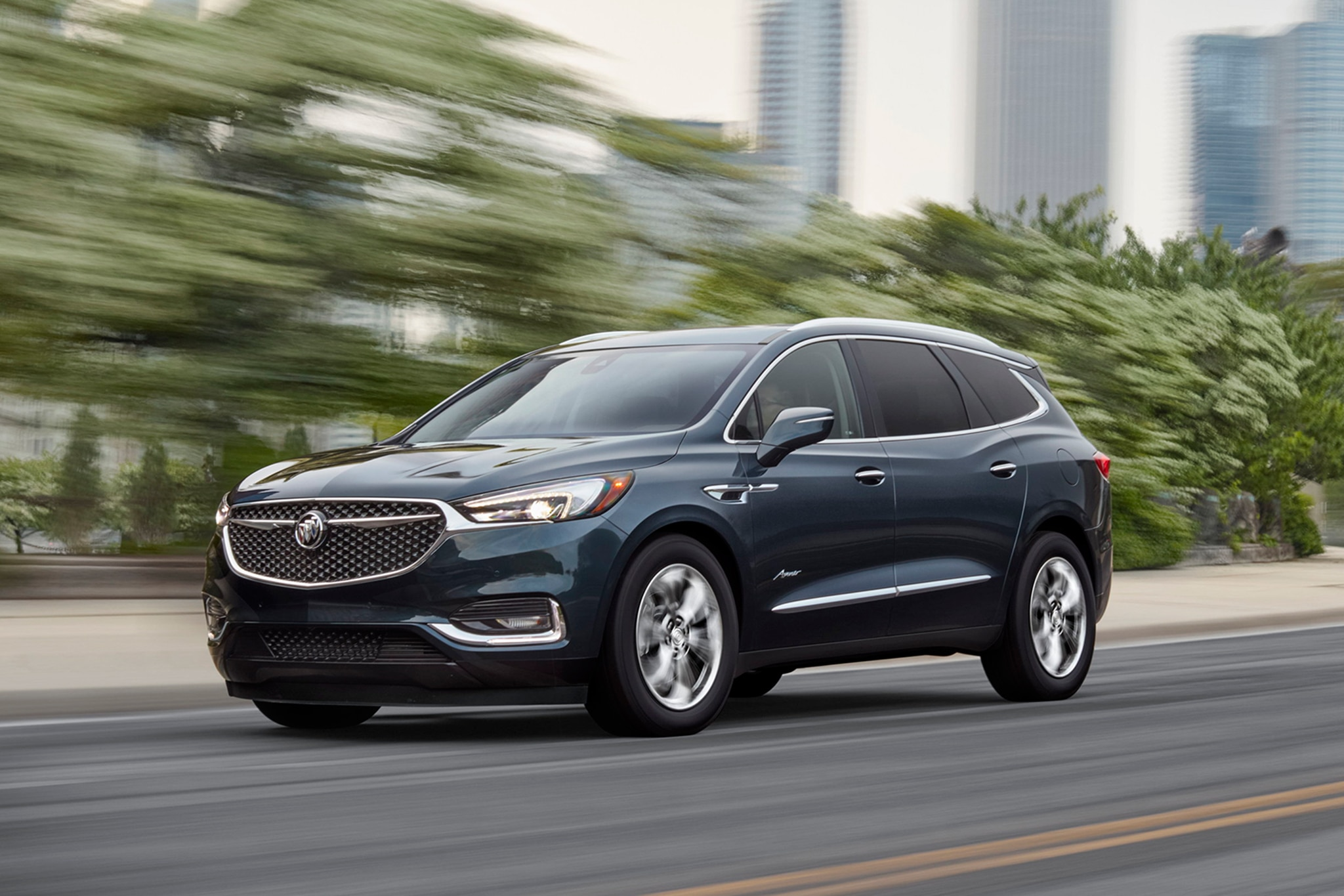 2018 Buick Enclave Avenir Front Three Quarter In Motion 01