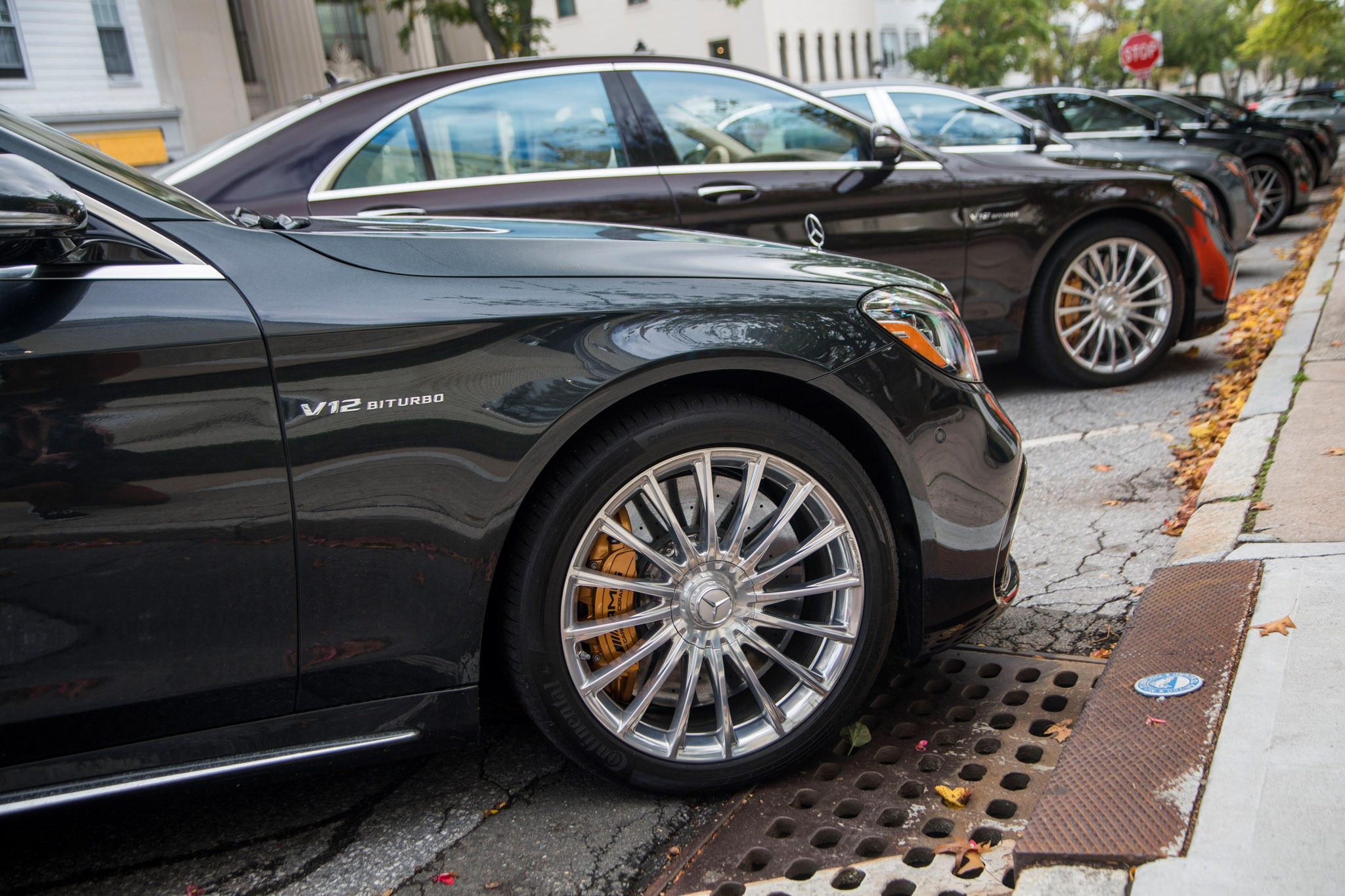 2018 Mercedes Benz S Class Sedan vs 2018 Mercedes AMG S Class Sedan