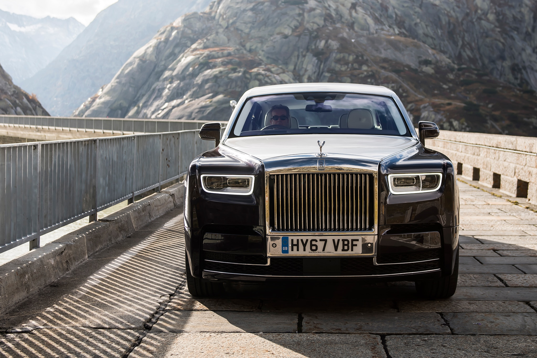 Rolls Royce Wraith 0 60 >> 2018 Rolls-Royce Phantom First Drive Review | Automobile Magazine