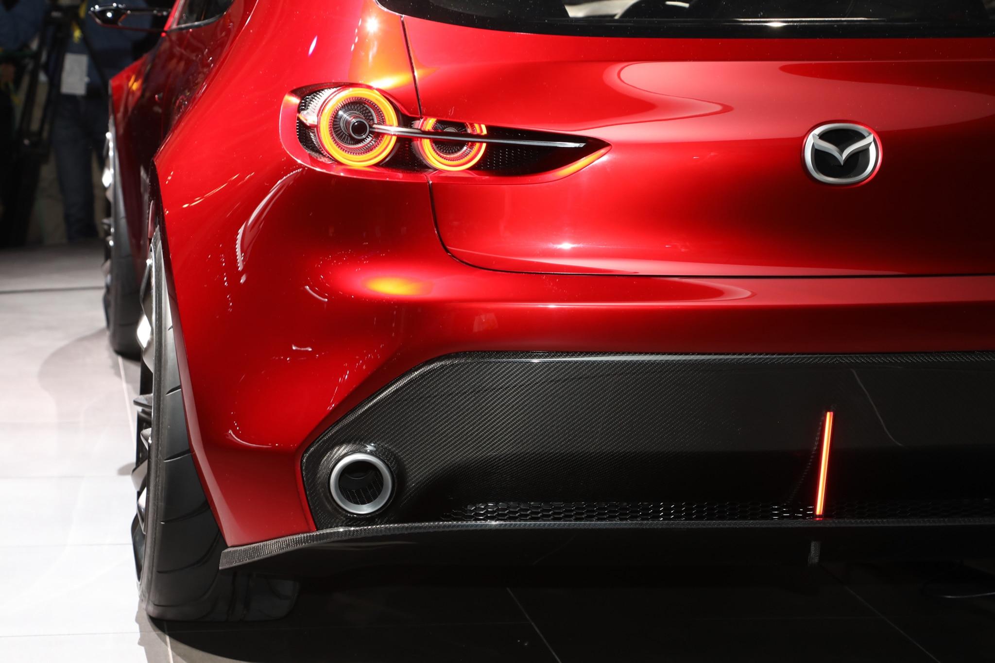 https://st.automobilemag.com/uploads/sites/11/2017/10/Mazda-Kai-concept-tail-light.jpg
