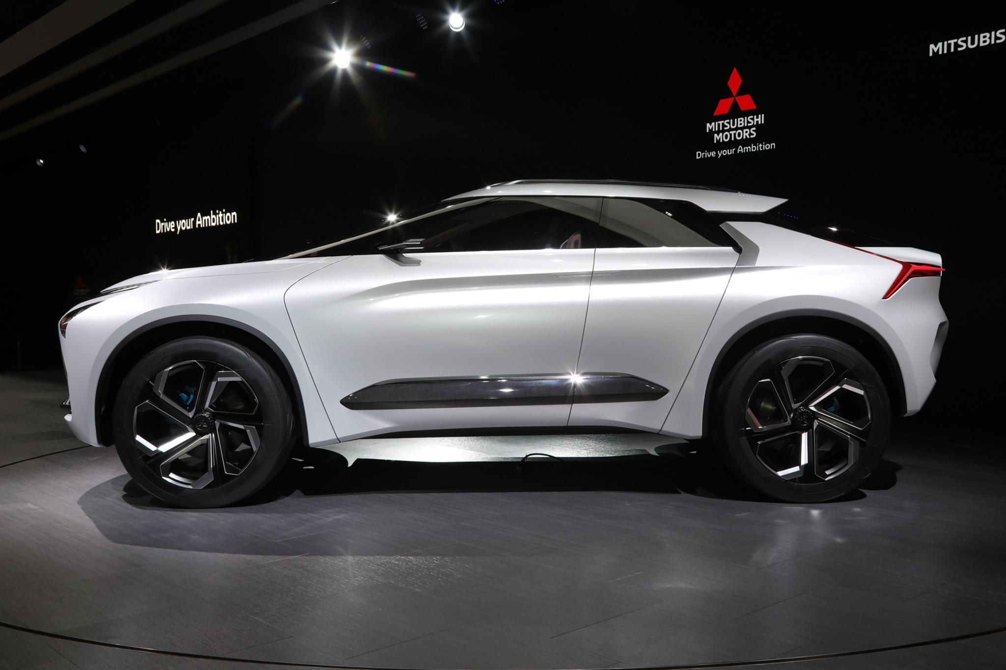 Mitsubishi E Evolution Concept Side Profile