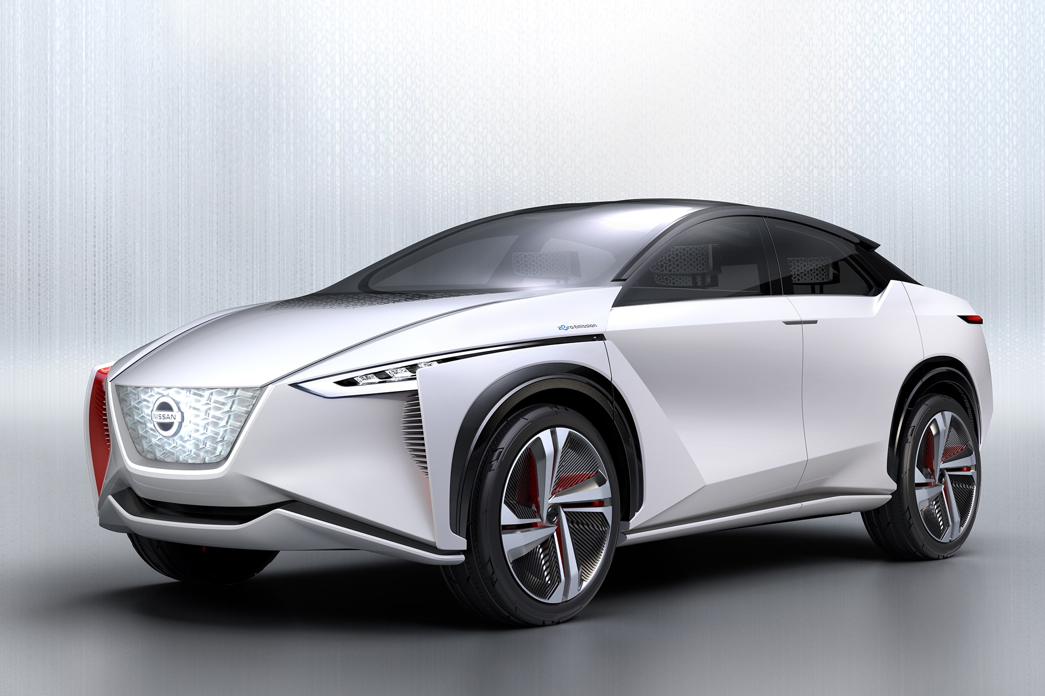Nissan IMX Concept Front Three Quarter 03