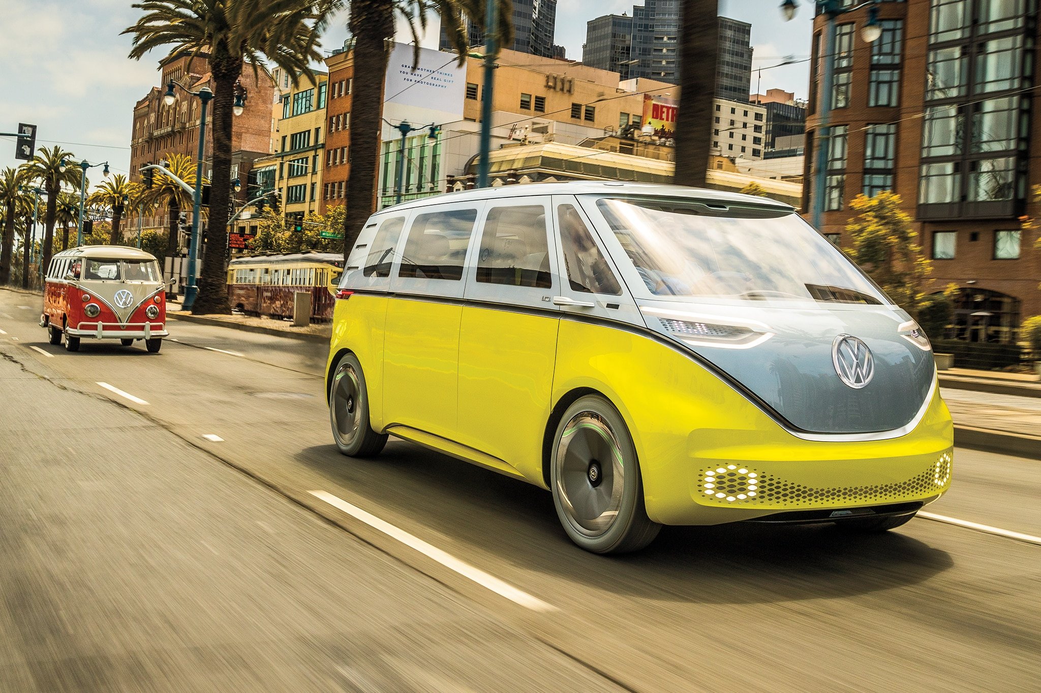 Volkswagen ID Buzz Concept Front Three Quarter In Motion 02