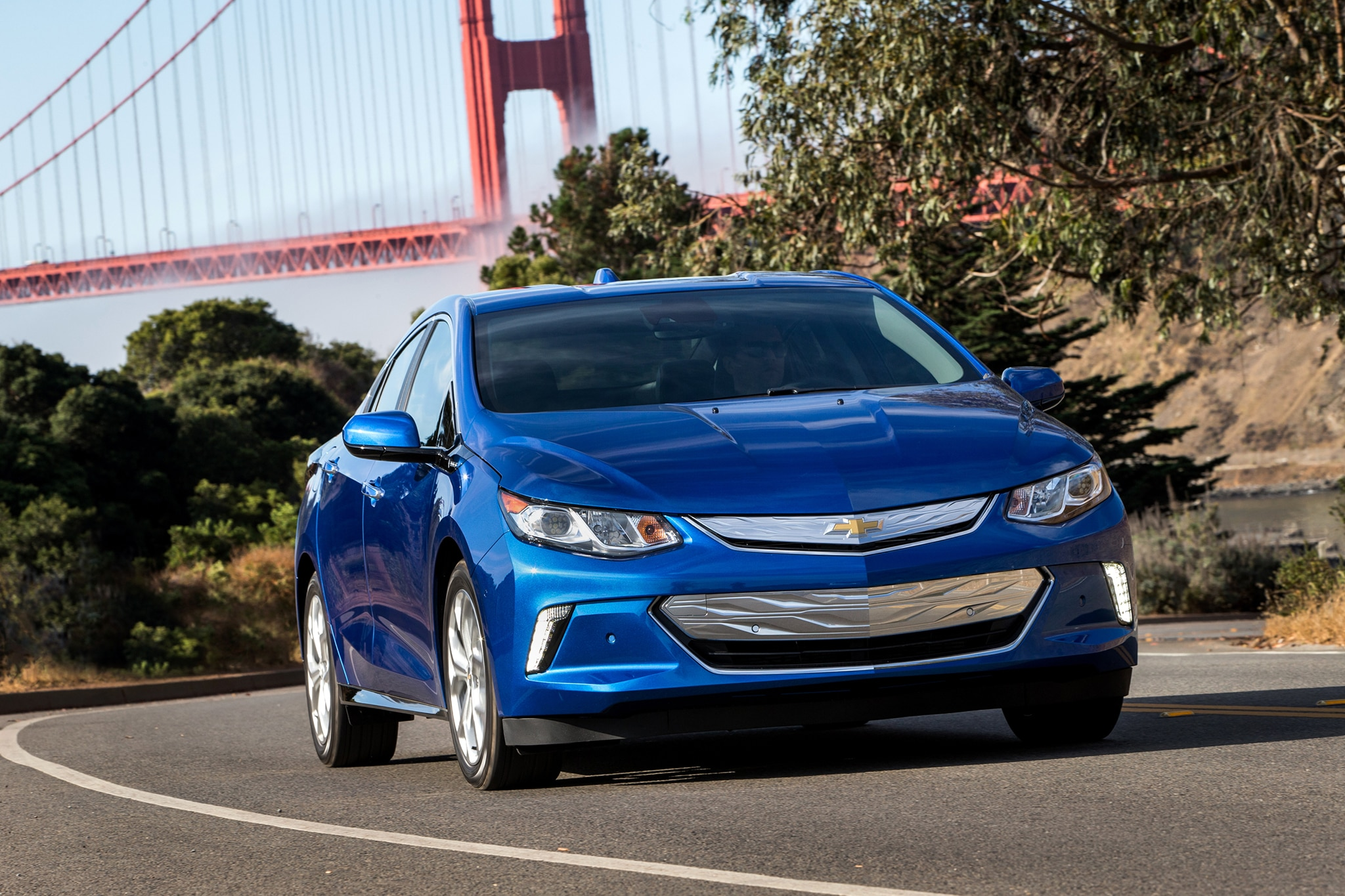 2017 Chevrolet Volt Front View In Motion