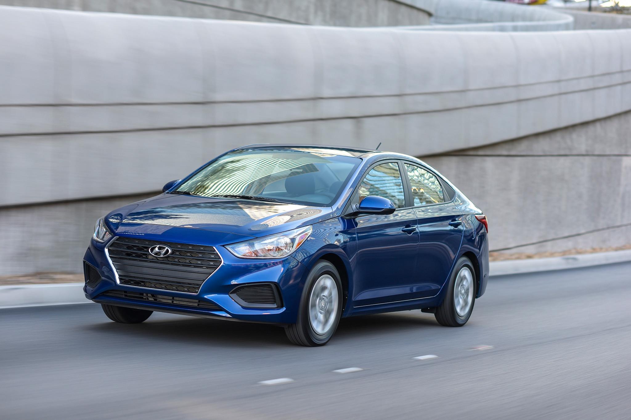 2018 Hyundai Accent 41