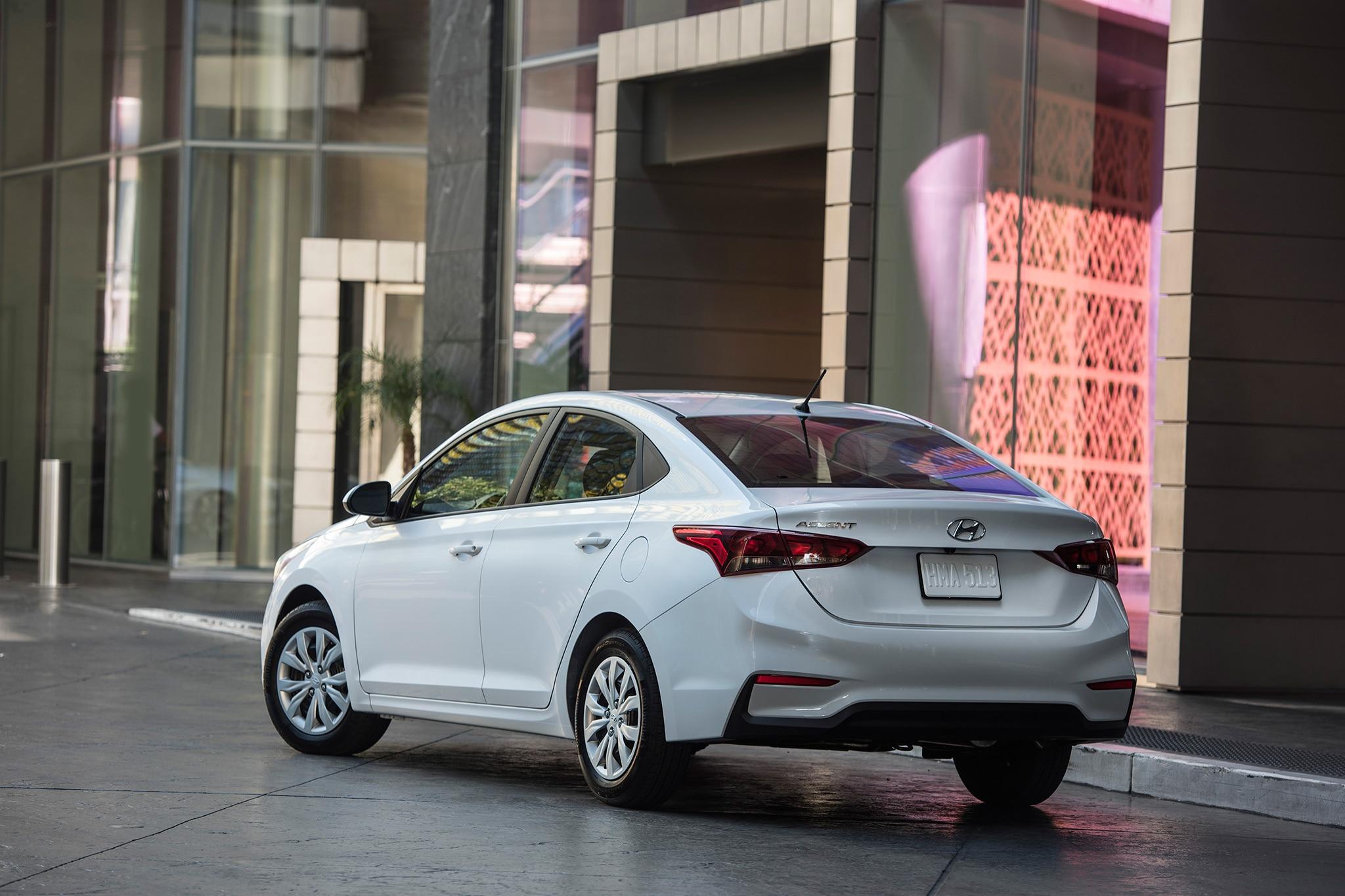 2018 Hyundai Accent Spec >> 2018 Hyundai Accent Se Quick Take Review Automobile Magazine