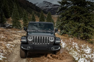 2018 Jeep Wrangler Sahara Front View In Motion 05