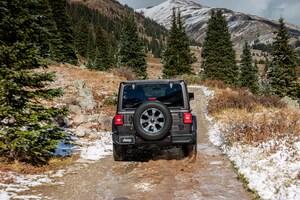 2018 Jeep Wrangler Sahara Rear View In Motion 05