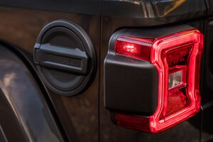 2018 Jeep Wrangler Sahara Tail Light 03