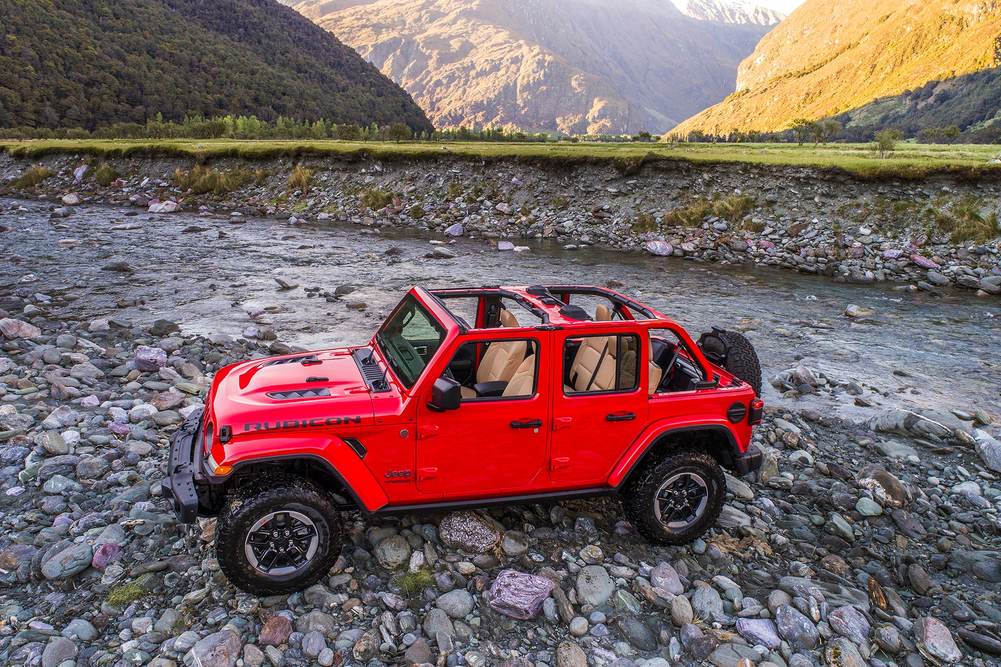 2018 Jeep Wrangler Confidently Drives A Tightrope Automobile Magazine