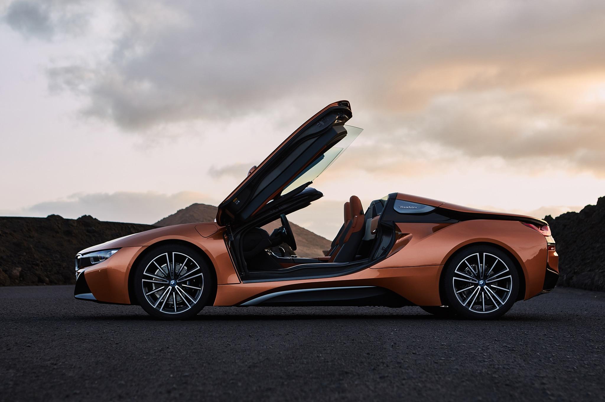 2019 BMW I8 Roadster Side Doors Open