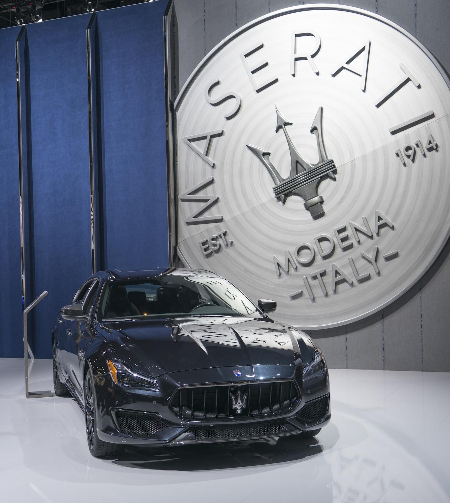 2018 Maserati Levante Interior: 2018 Maserati Levante And Quattroporte Are Back In Black