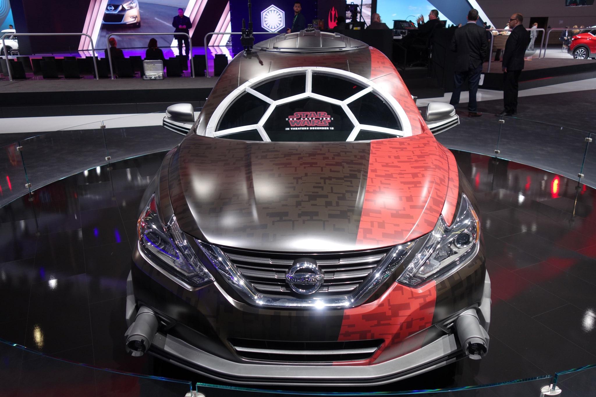 Nissan Star Wars L