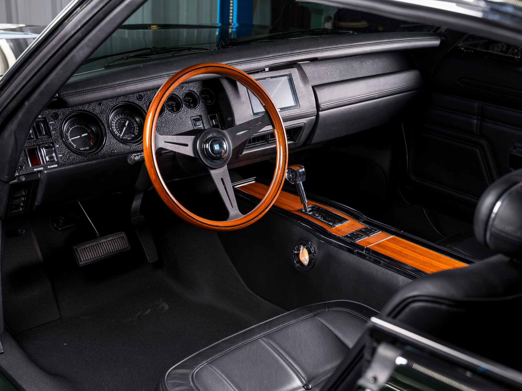Ringbrothers 1969 Dodge Charger Restomod is an Exercise in ...