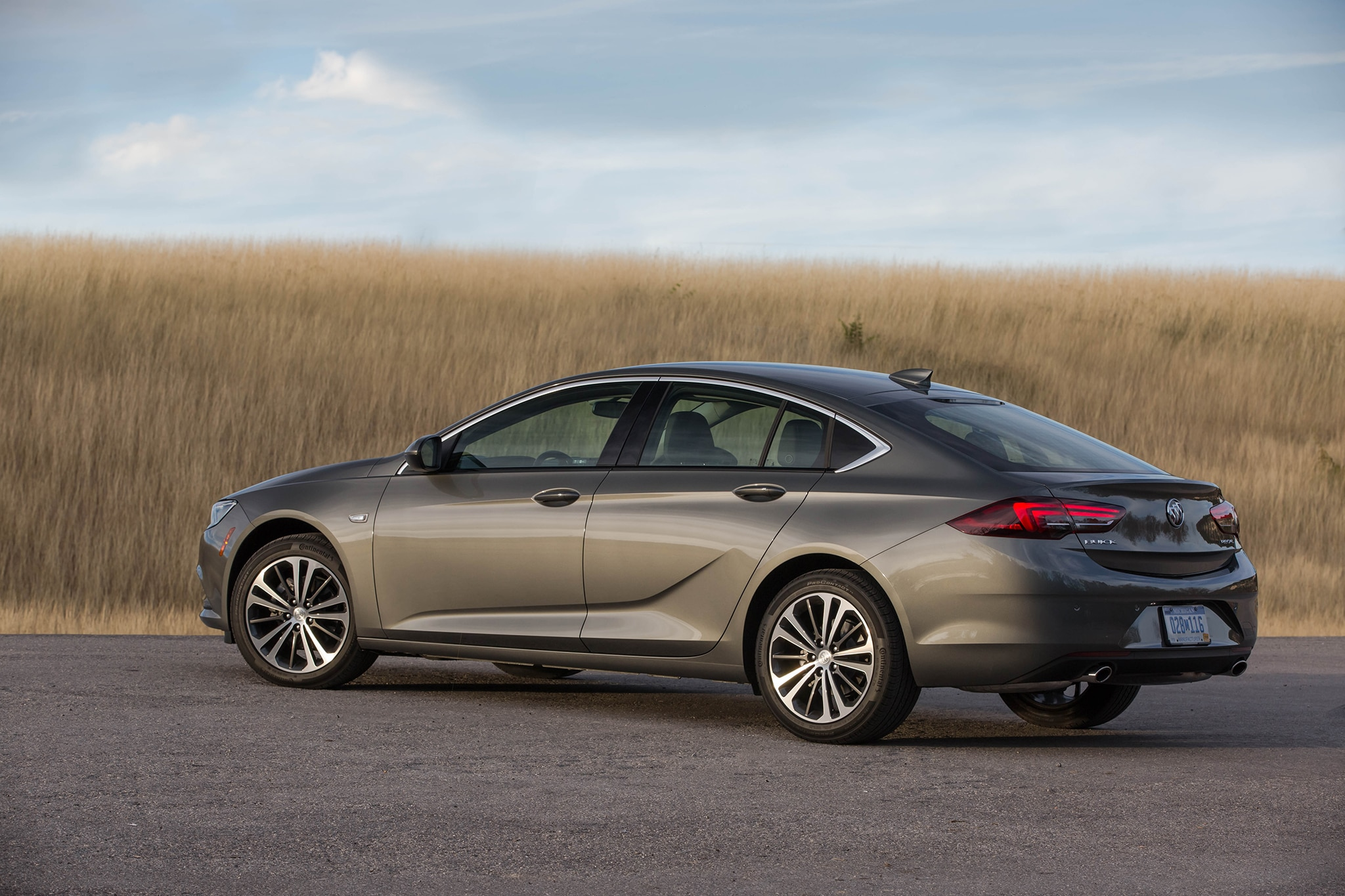 2018 Buick Regal Sportback First Drive Review | Automobile ...