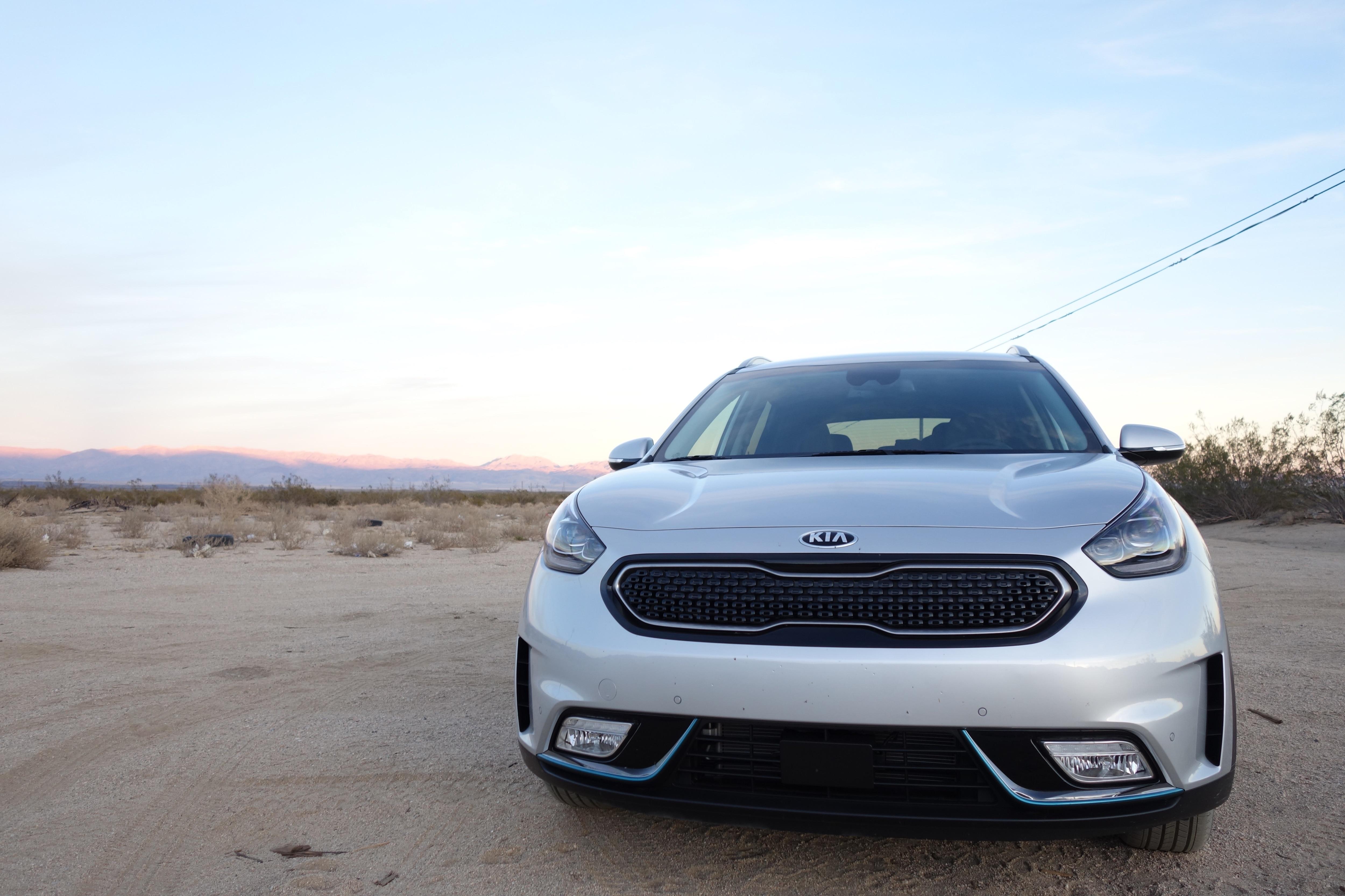 Kia Niro Plug In >> First Drive: 2018 Kia Niro Plug-In Hybrid EX | Automobile Magazine