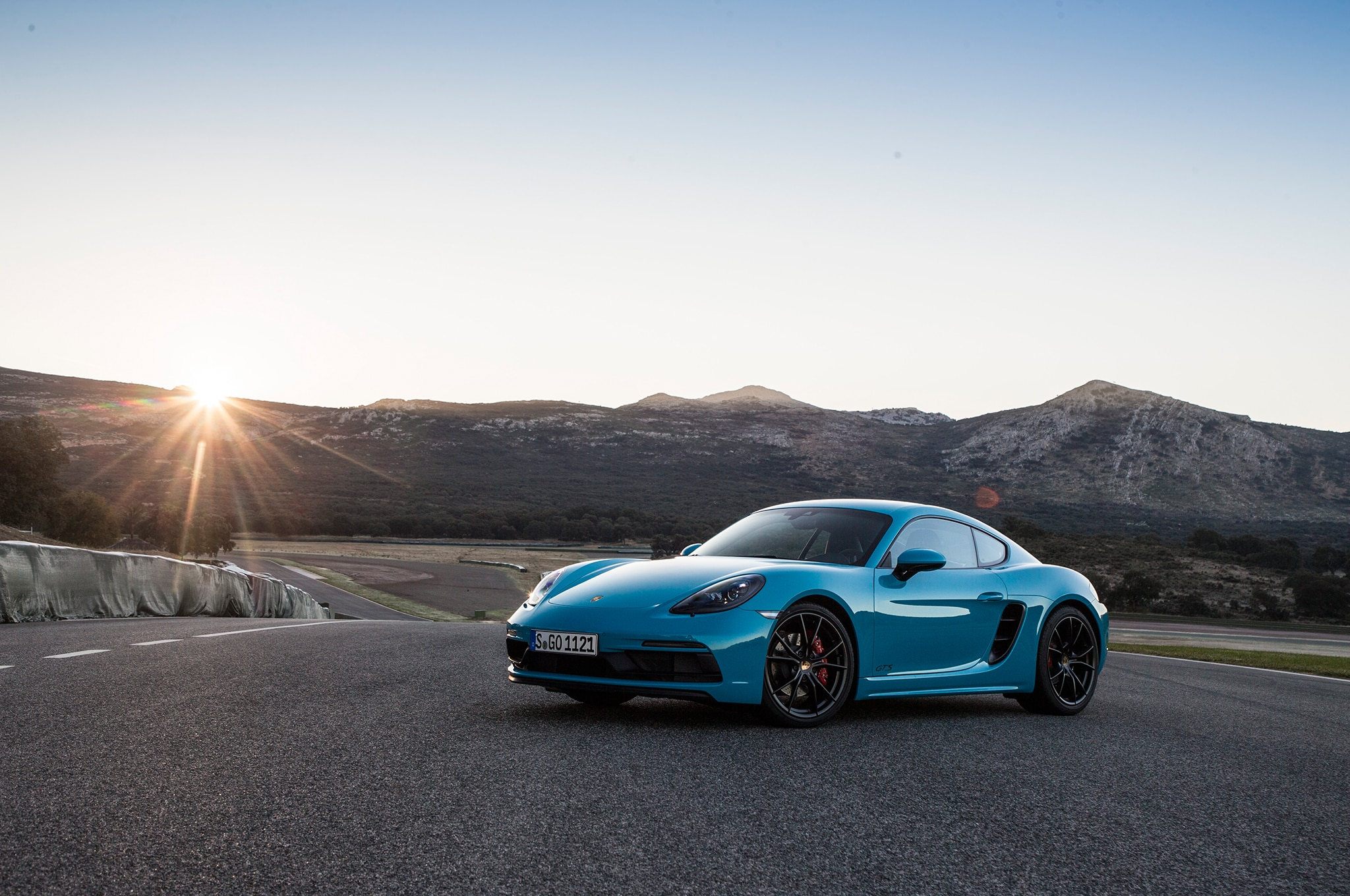 2018 Porsche 718 GTS U.S. Spec First Drive Review