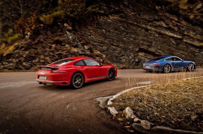 2018 Porsche 911 Carrera T Rear Side In Motion 01