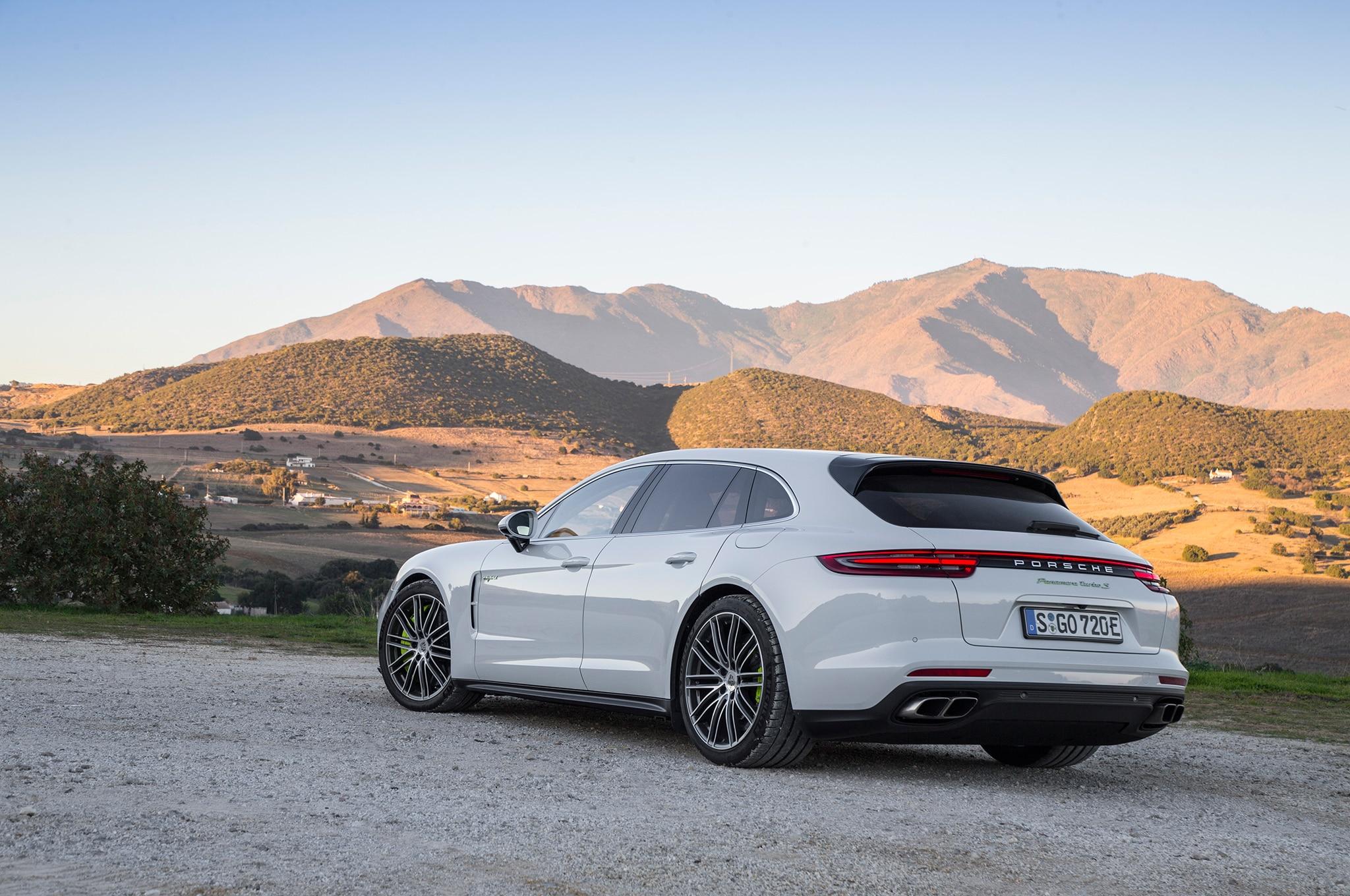 2018 Porsche Panamera Turbo S E Hybrid Sport Turismo First