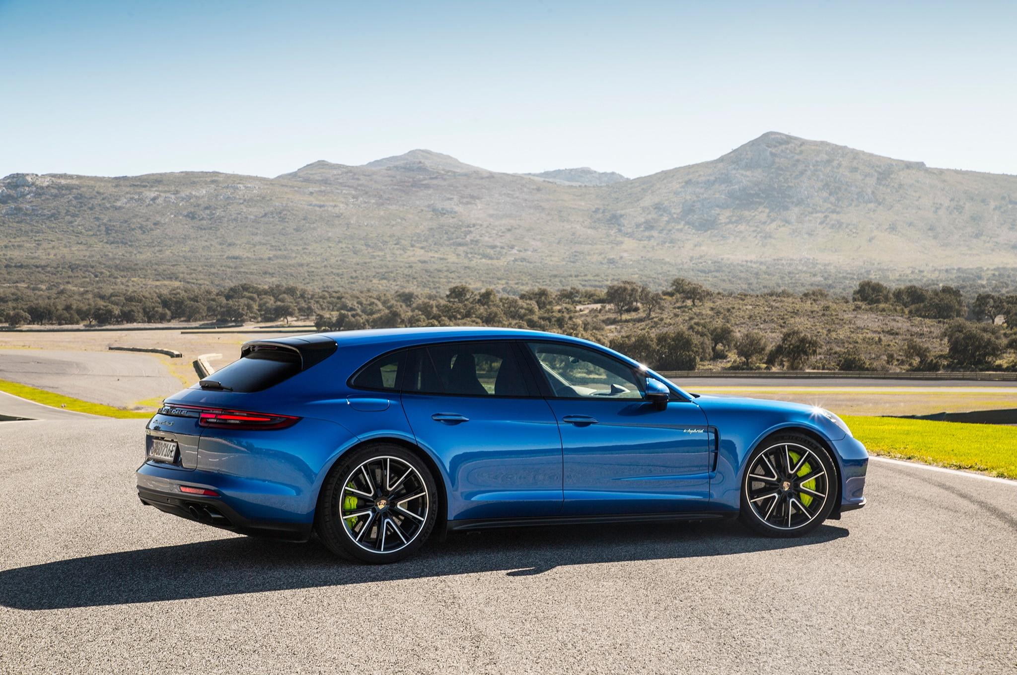 2018 Porsche Panamera Review >> 2018 Porsche Panamera Turbo S E-Hybrid Sport Turismo First Drive Review | Automobile Magazine