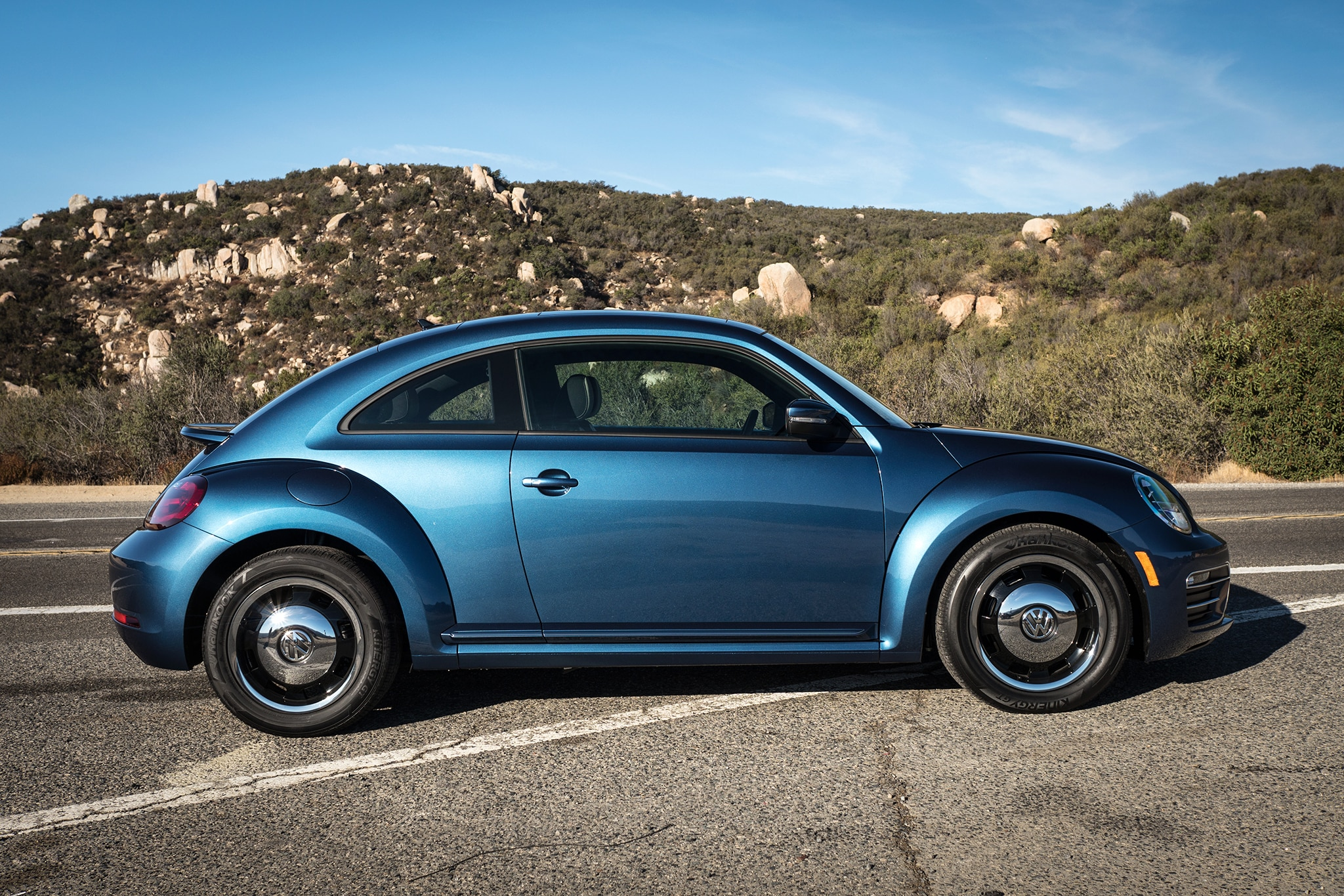 A Day Trip To Lake Elsinore With 2018 Volkswagen Beetle