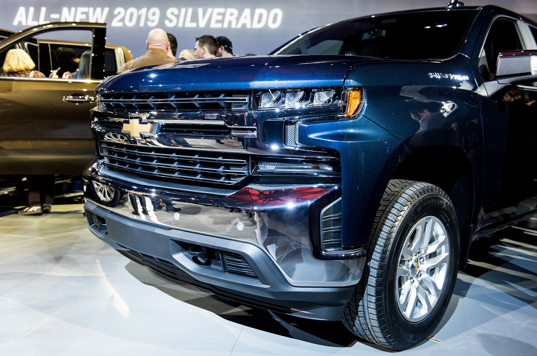 2019 Silverado Ss >> 12 Cool Things About the 2019 Chevrolet Silverado | Automobile Magazine