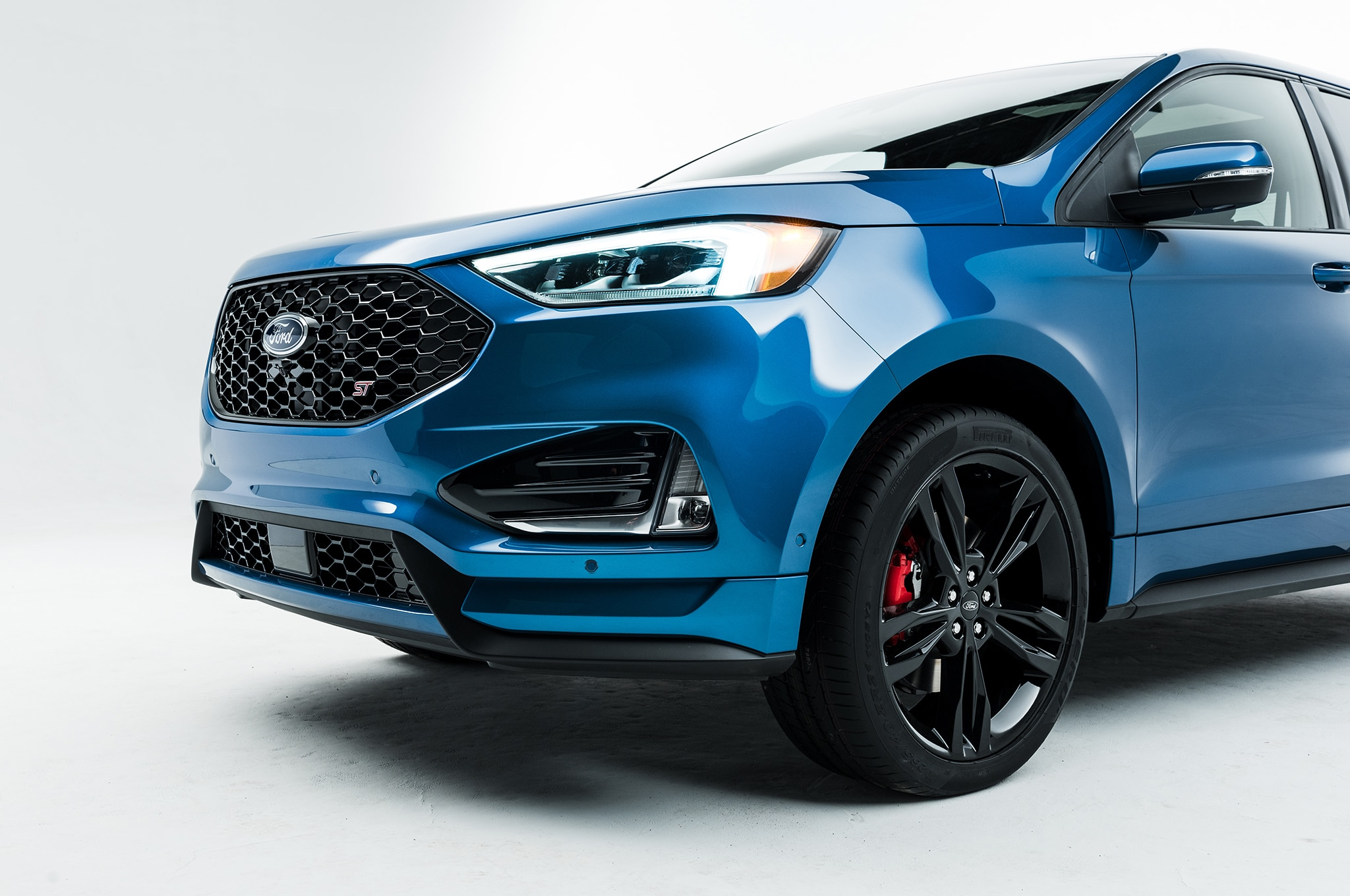 2019 ford edge goes st gets mid cycle refresh automobile magazine. Black Bedroom Furniture Sets. Home Design Ideas