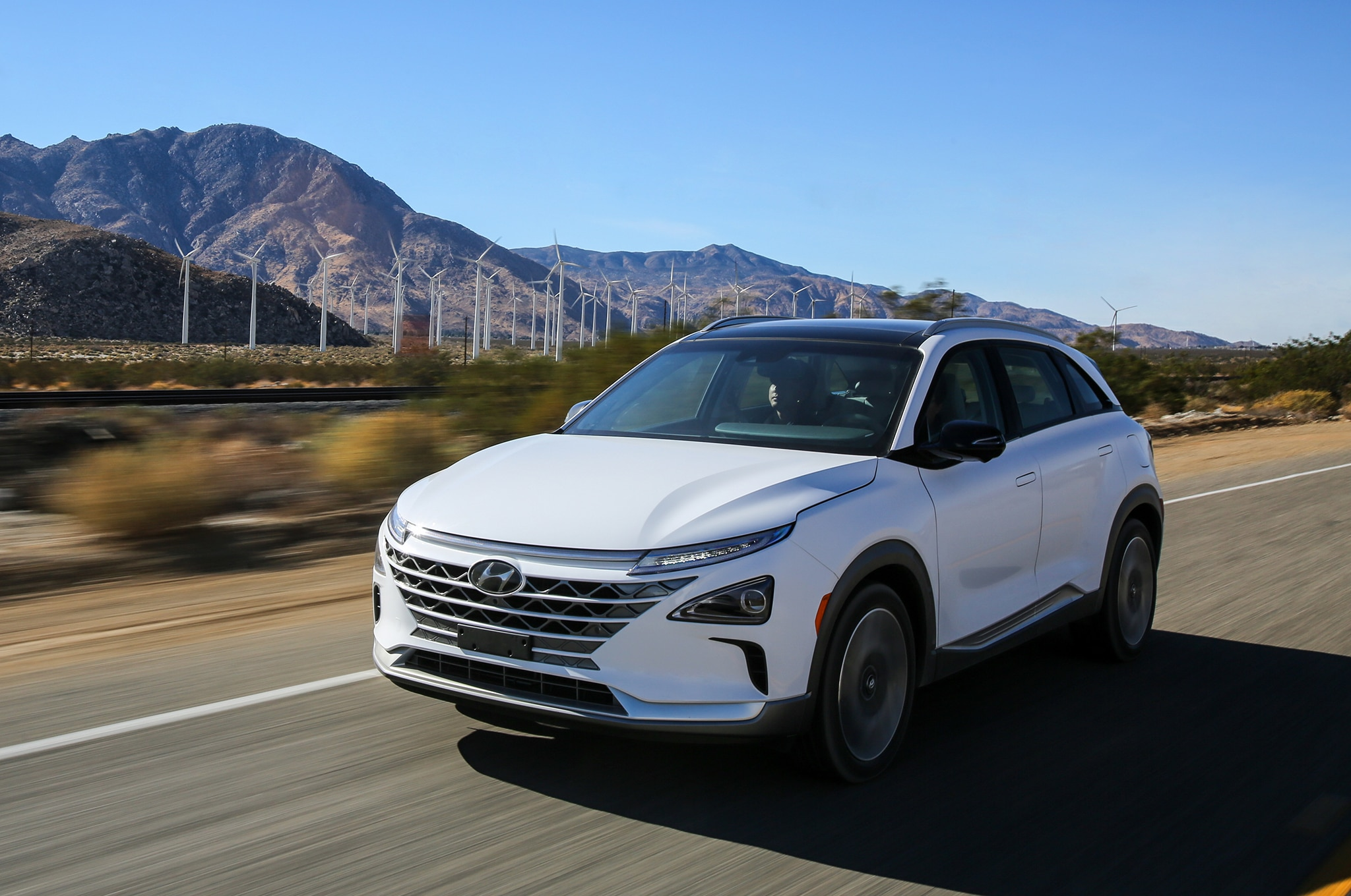 2019 Hyundai Nexo Front Three Quarter In Motion 21