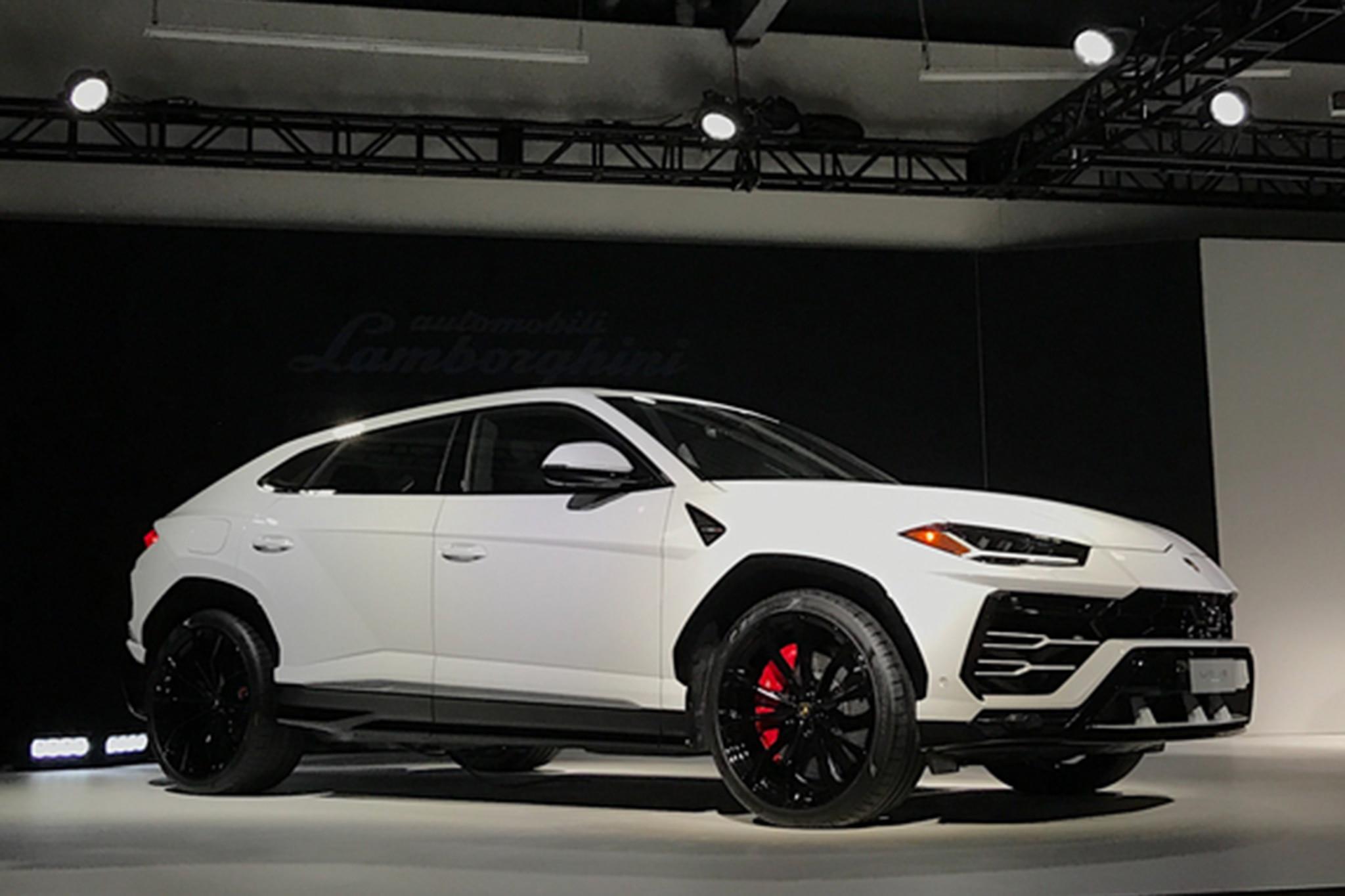 2019 Lamborghini Urus White