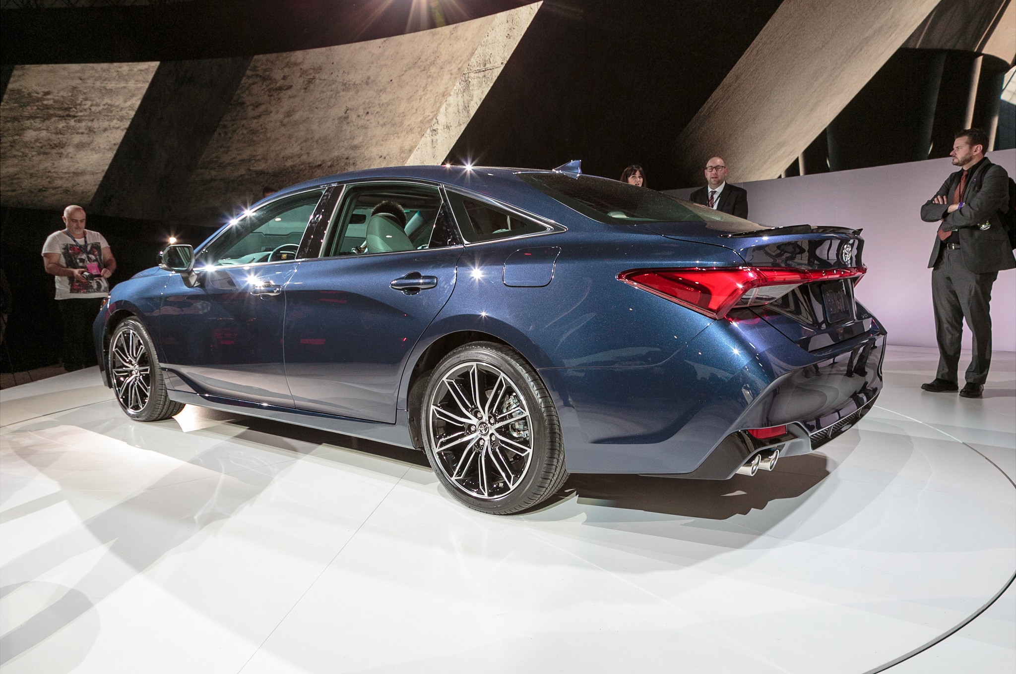 Four Things To Love About The 2019 Toyota Avalon Automobile Magazine