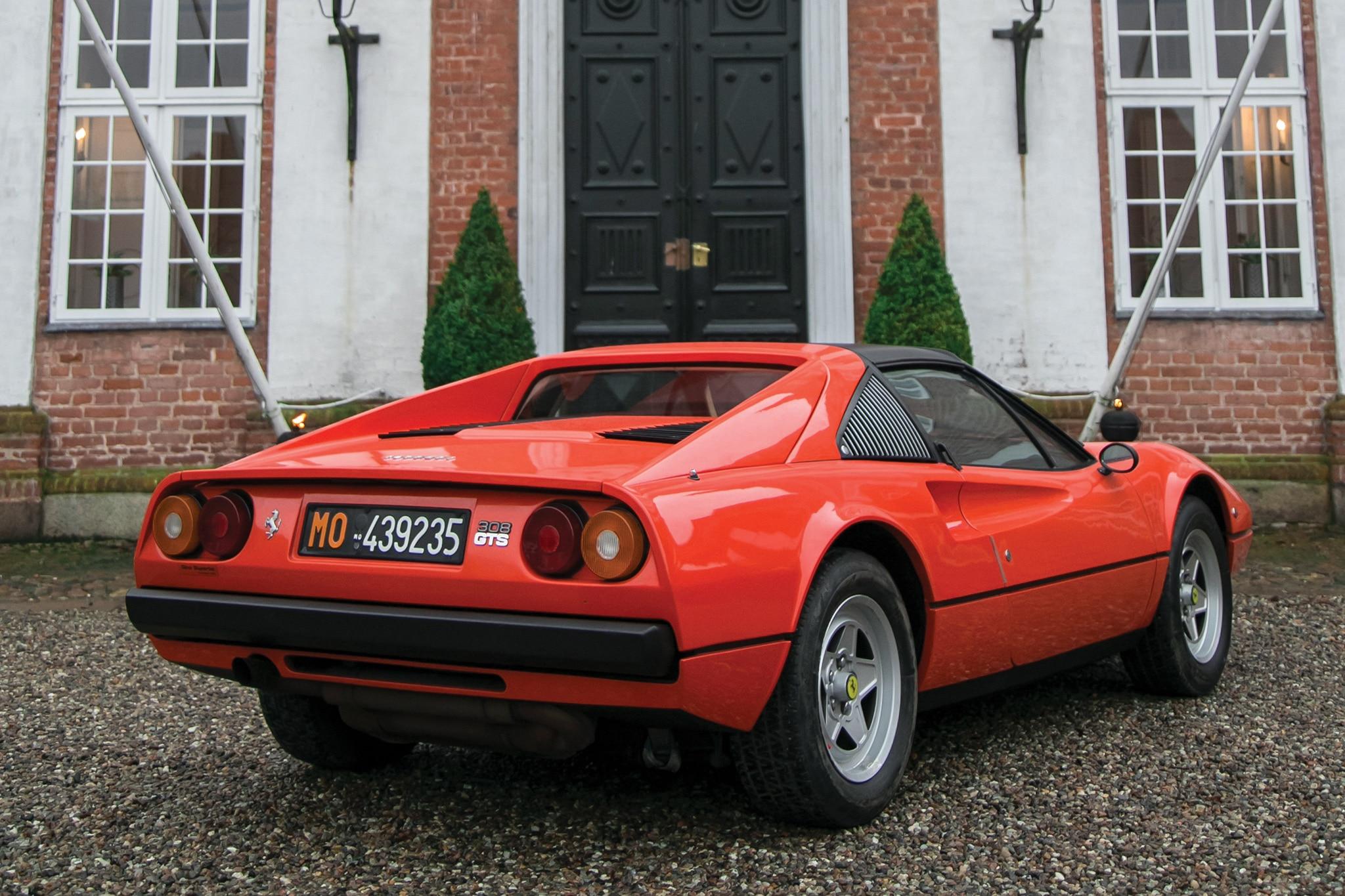 1978 Ferrari 308 GTS_hero